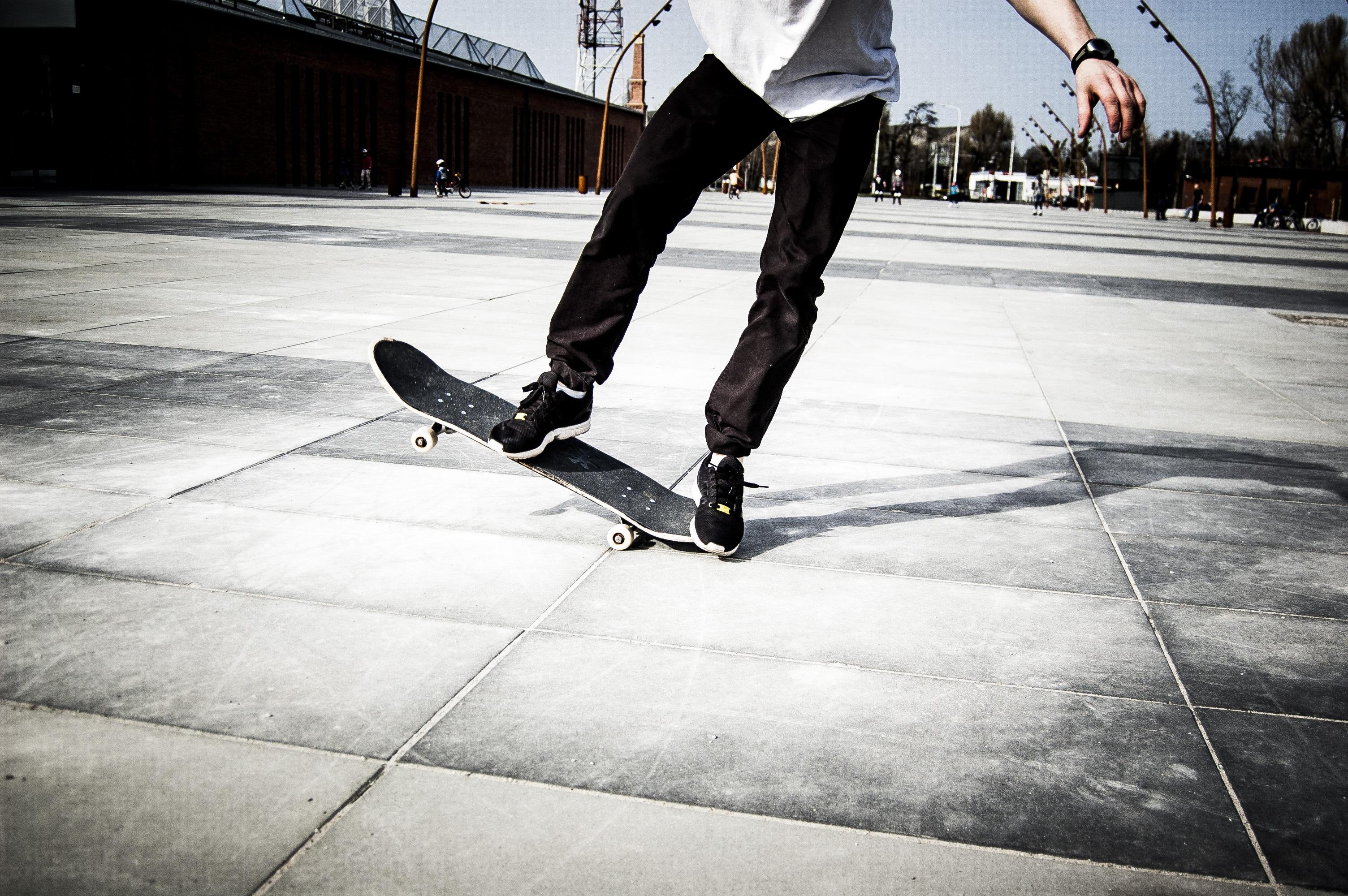 Açık hava etkinlikleri ve spor için moda spor pantolon Adidas