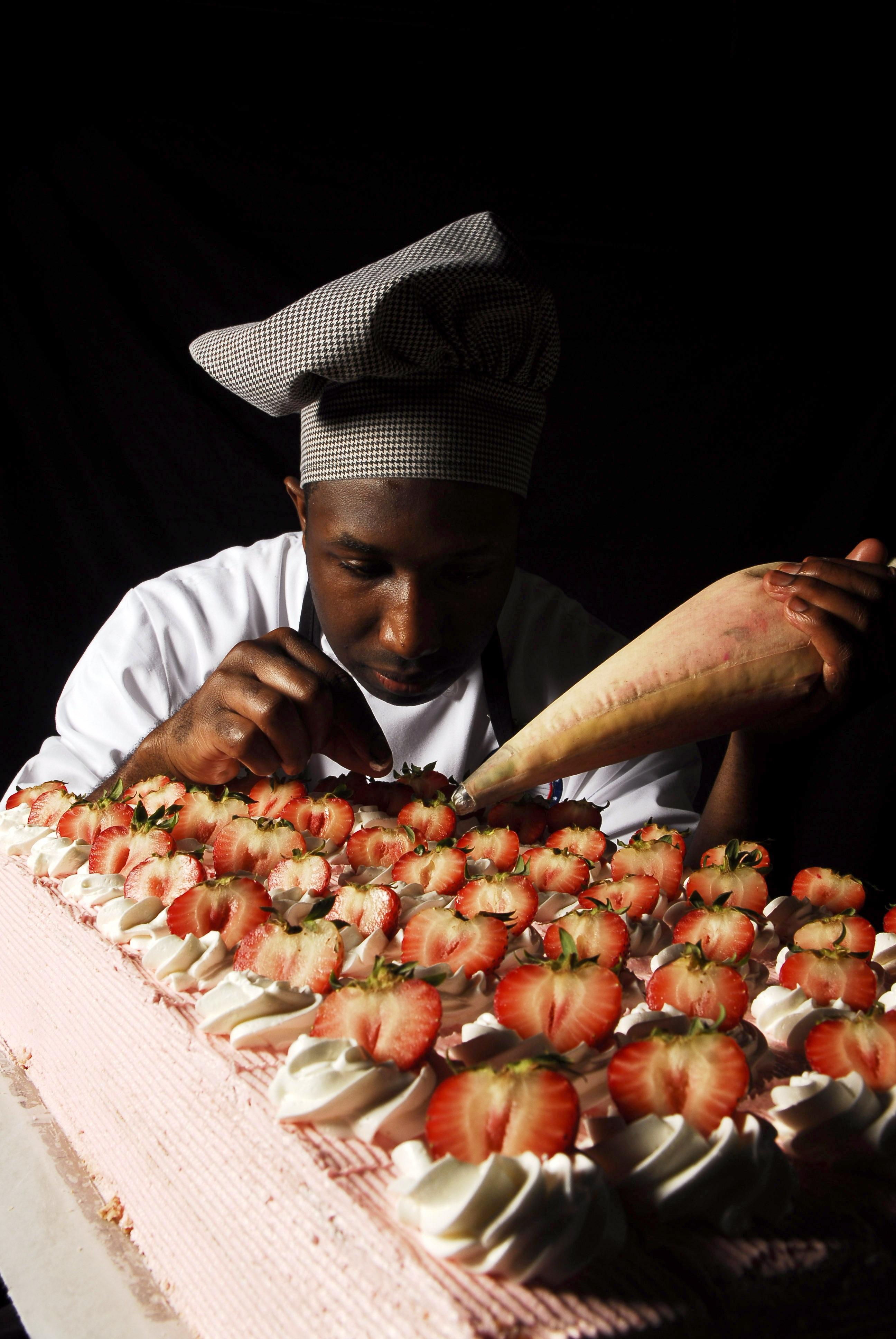 Gambar Manusia Pria Makanan Memasak Kuliner Menghasilkan Tas