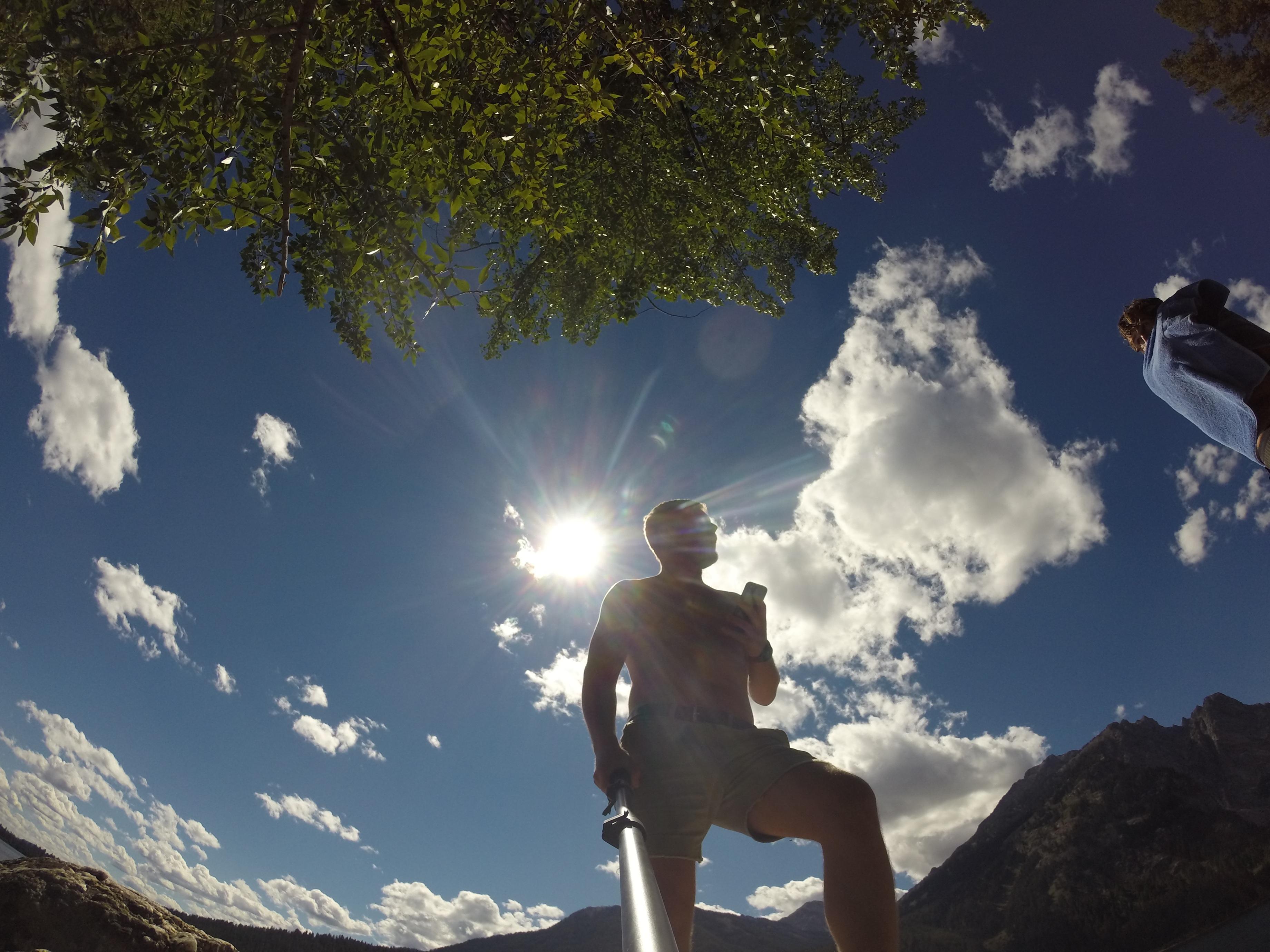 Смотрящий в небо фото