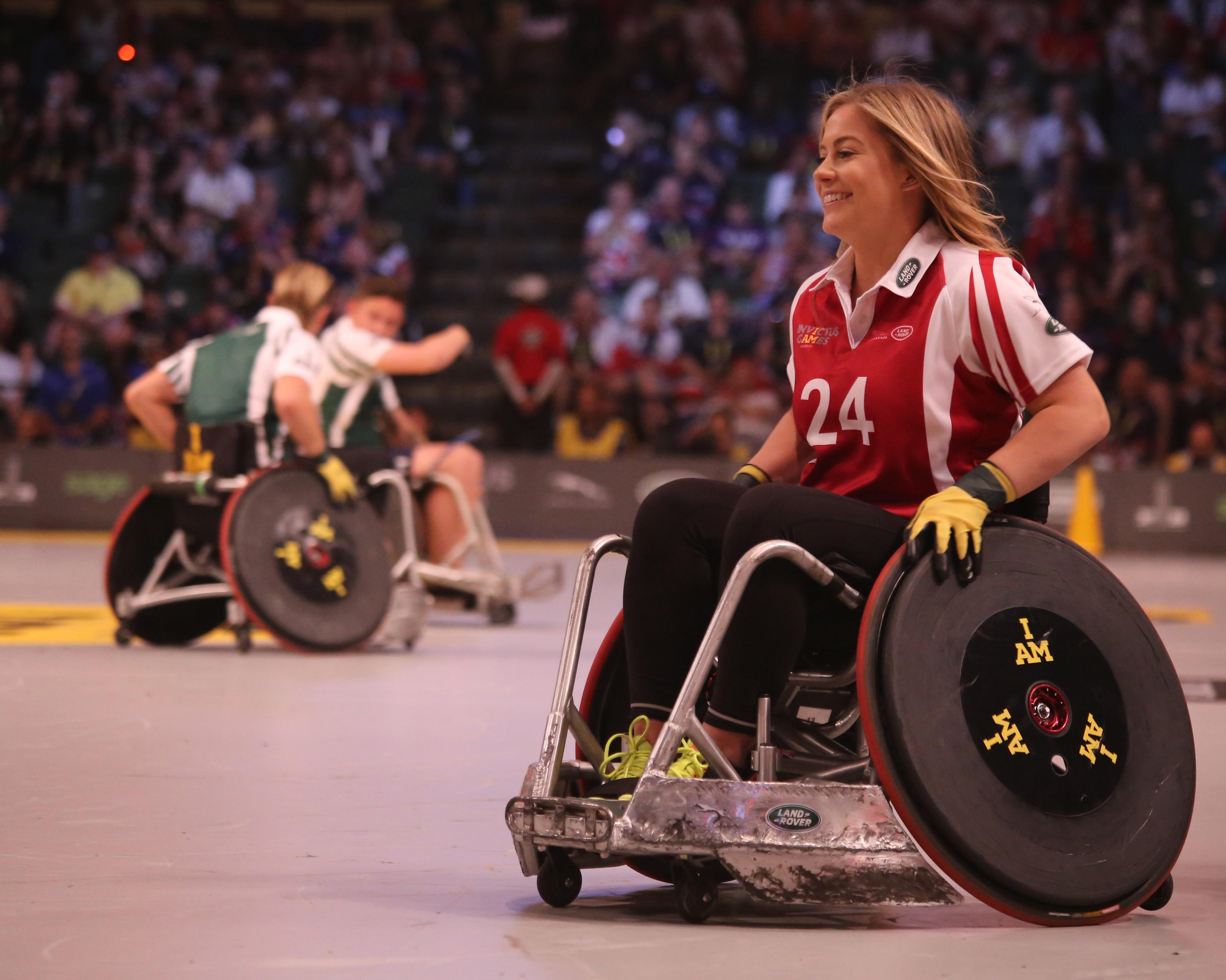 Знаменитые инвалиды картинки