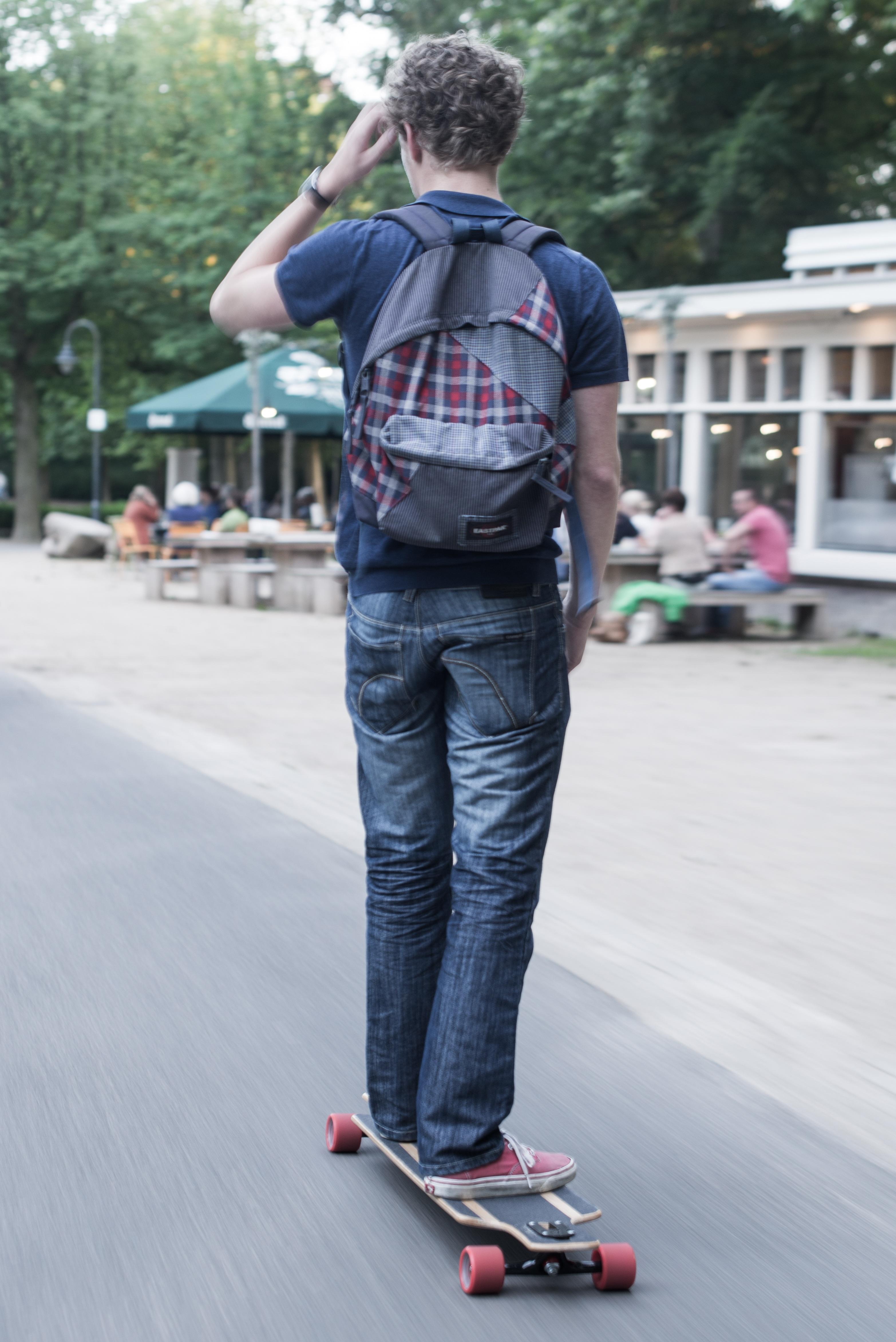 Las piernas de una nena en la combi yuc urbano - 1 6