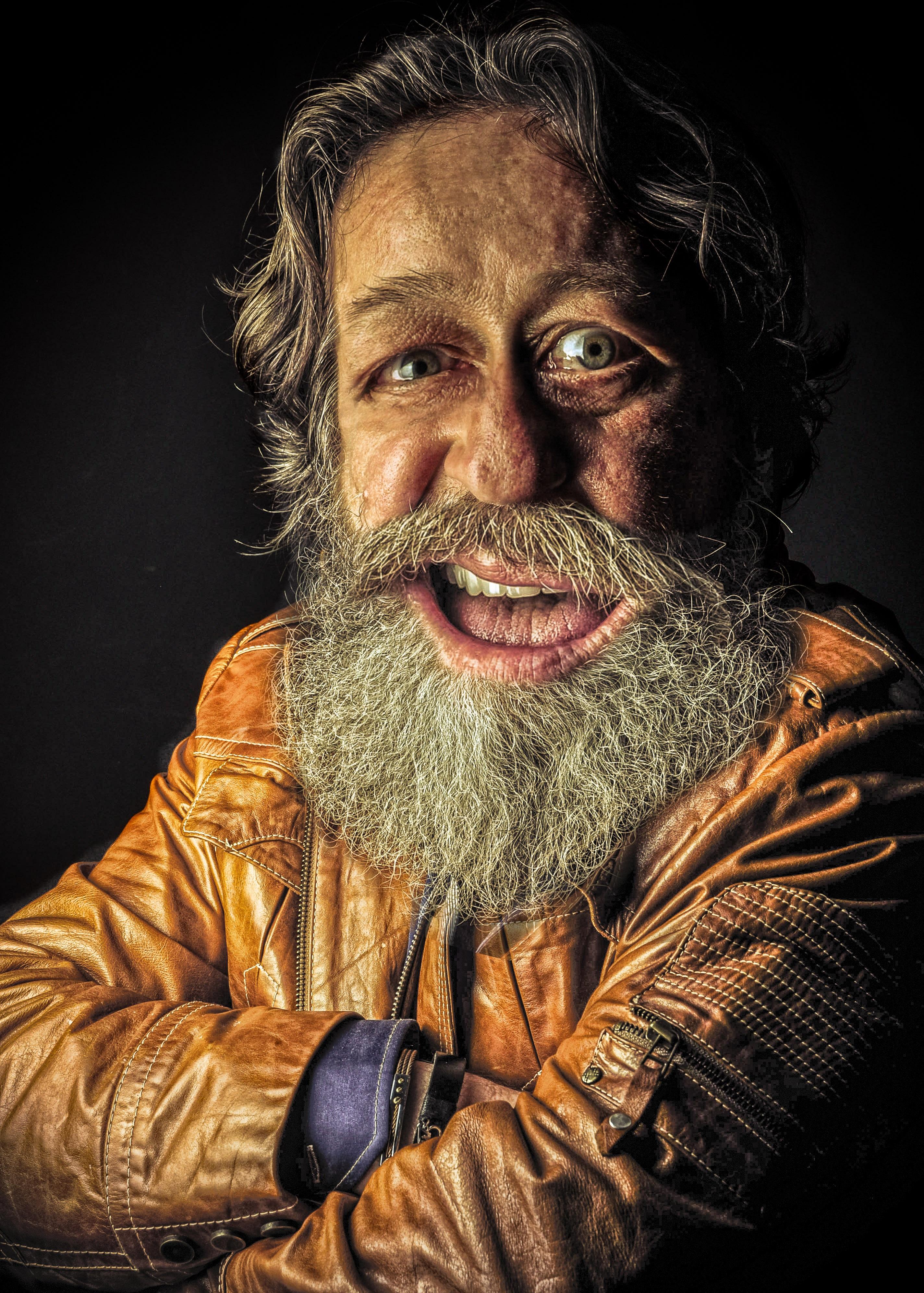 Gambar Manusia Orang Tua Pria Potret Artis Hairstyle