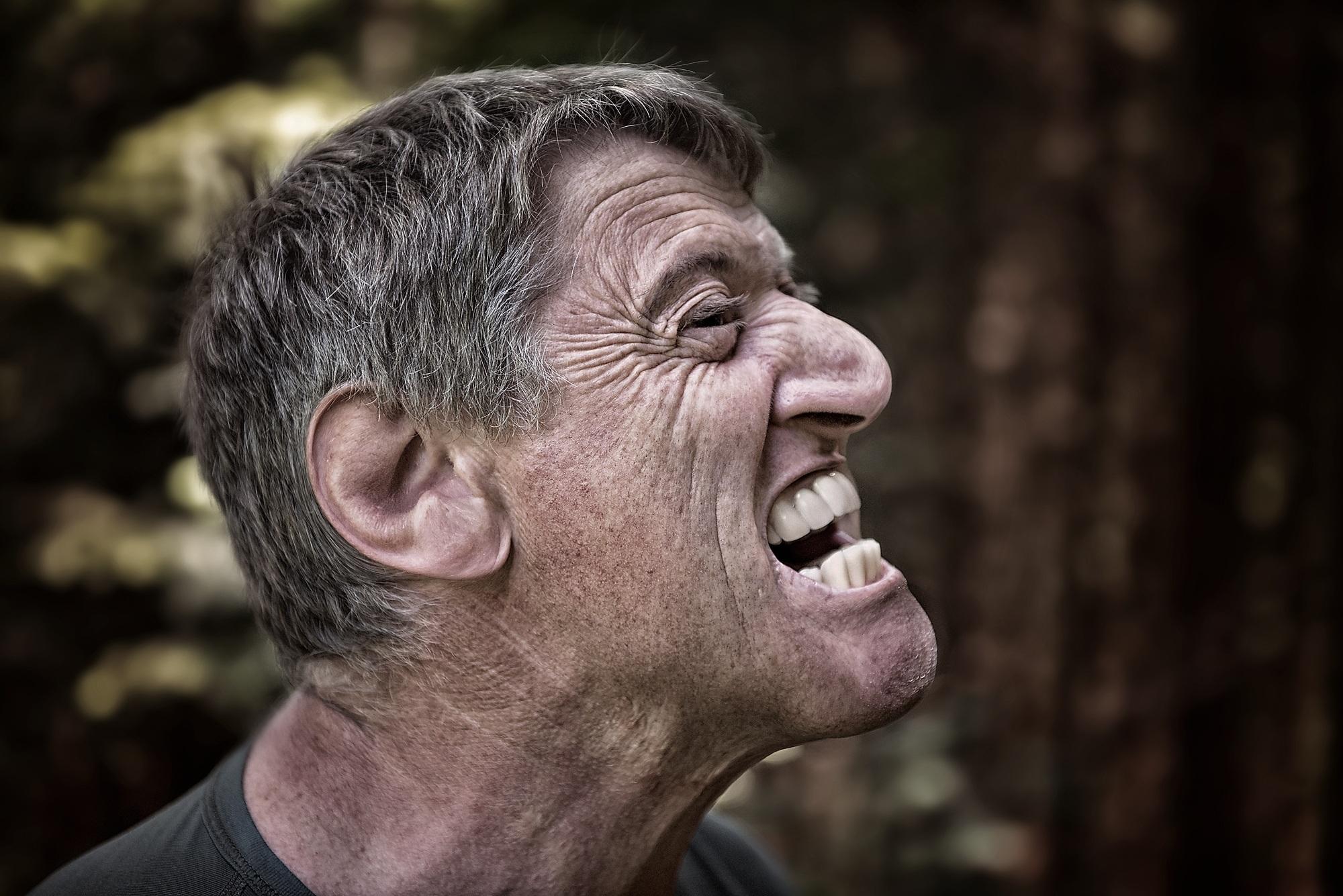 Gambar Manusia Orang Pria Potret Dekat Raut Wajah Otot