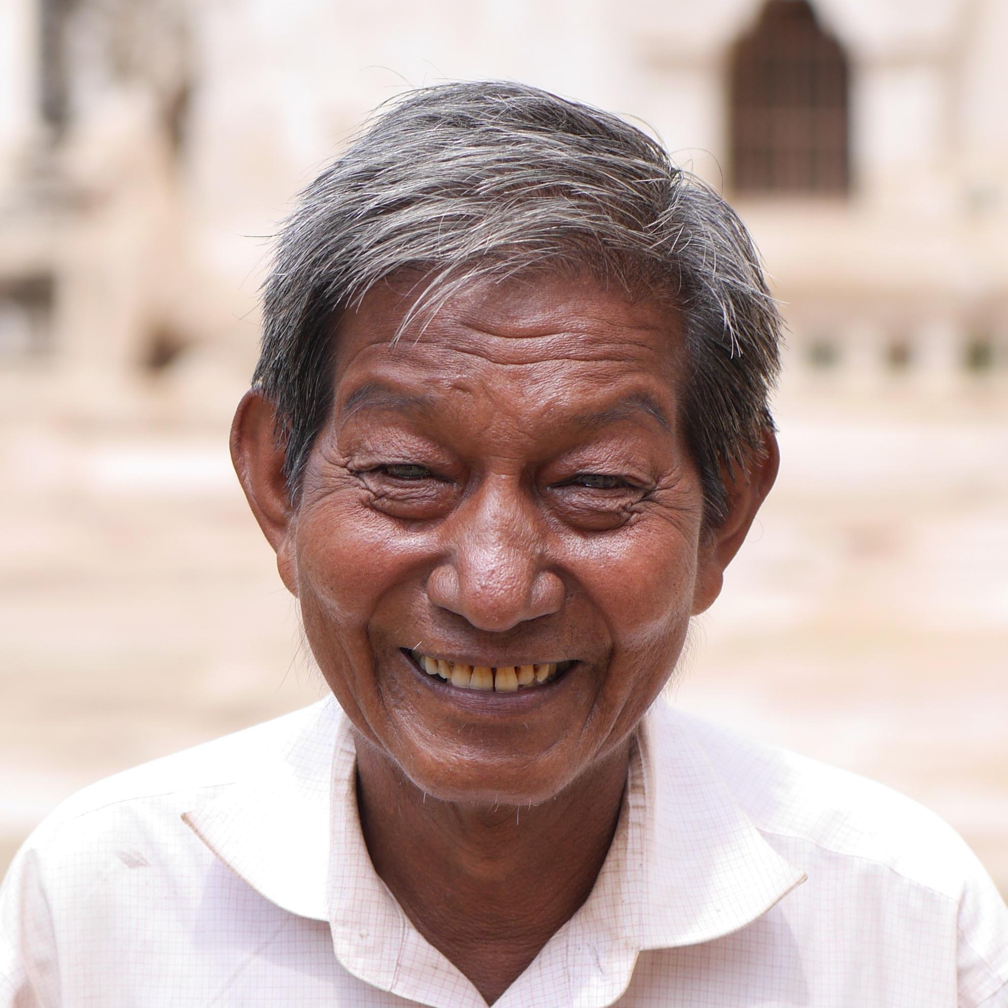 картинки радостные лица бедных людей дышащая