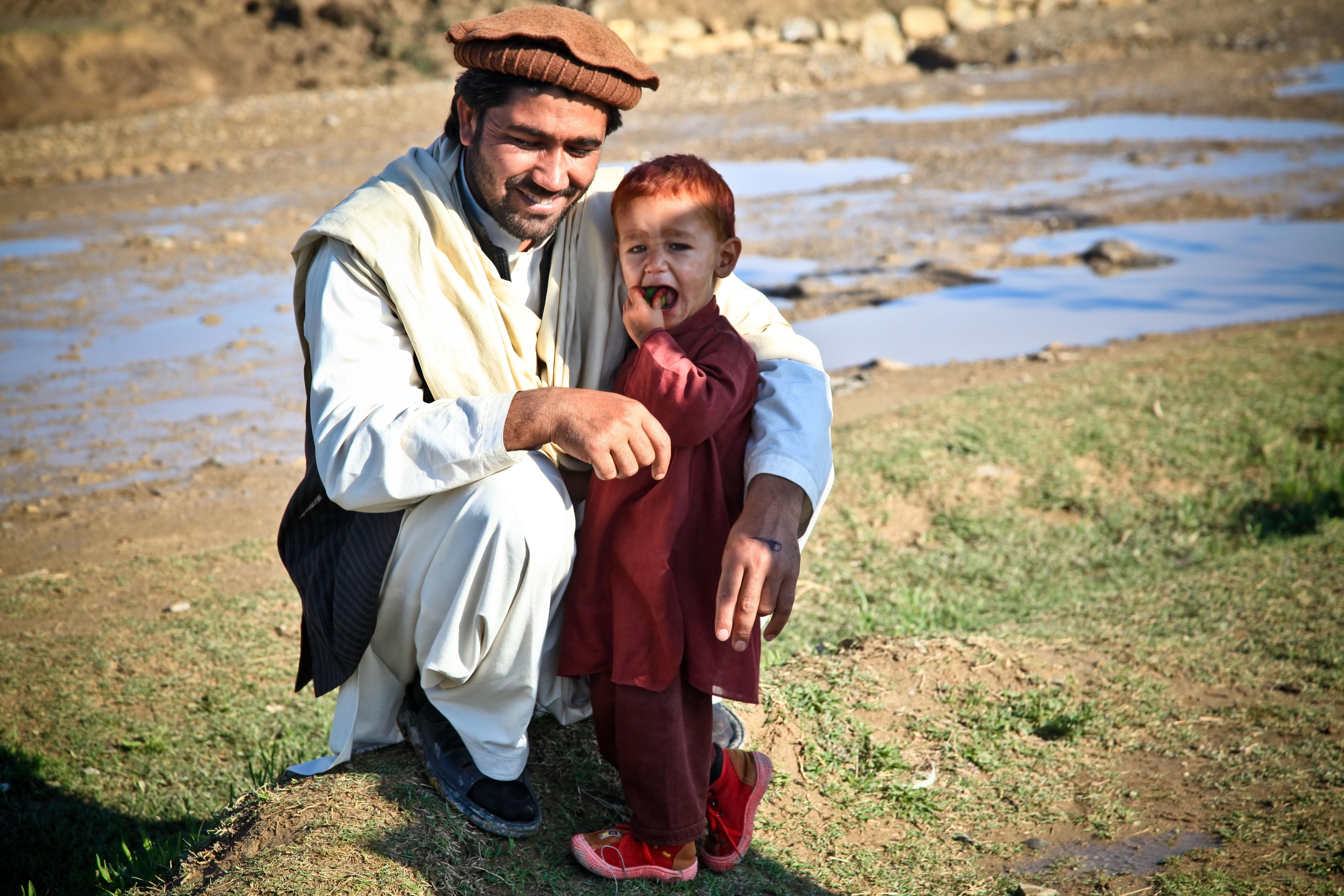 картинки радостные лица бедных людей значительная толщина