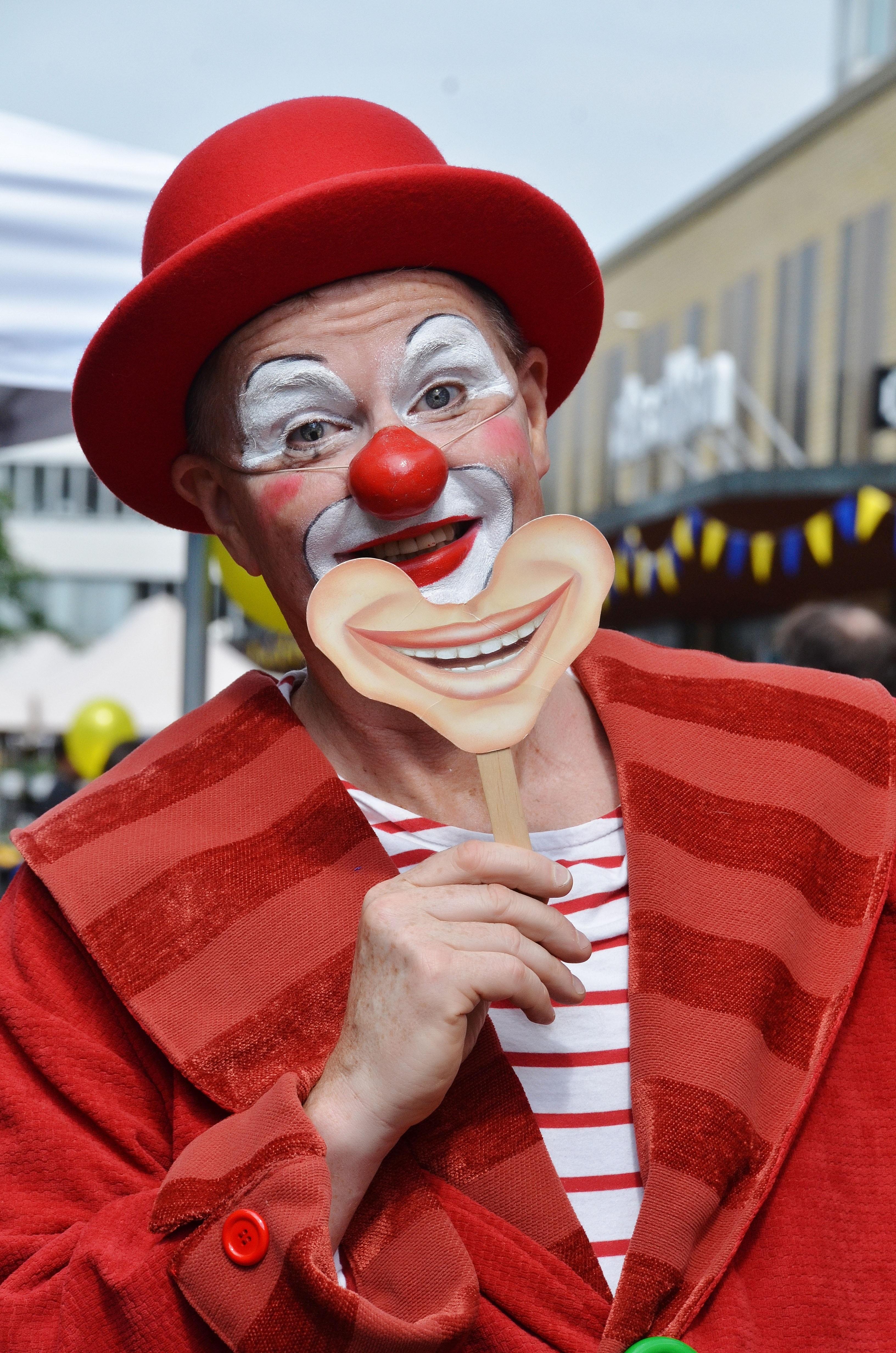 создания фото красивых клоунов этого потребуются только