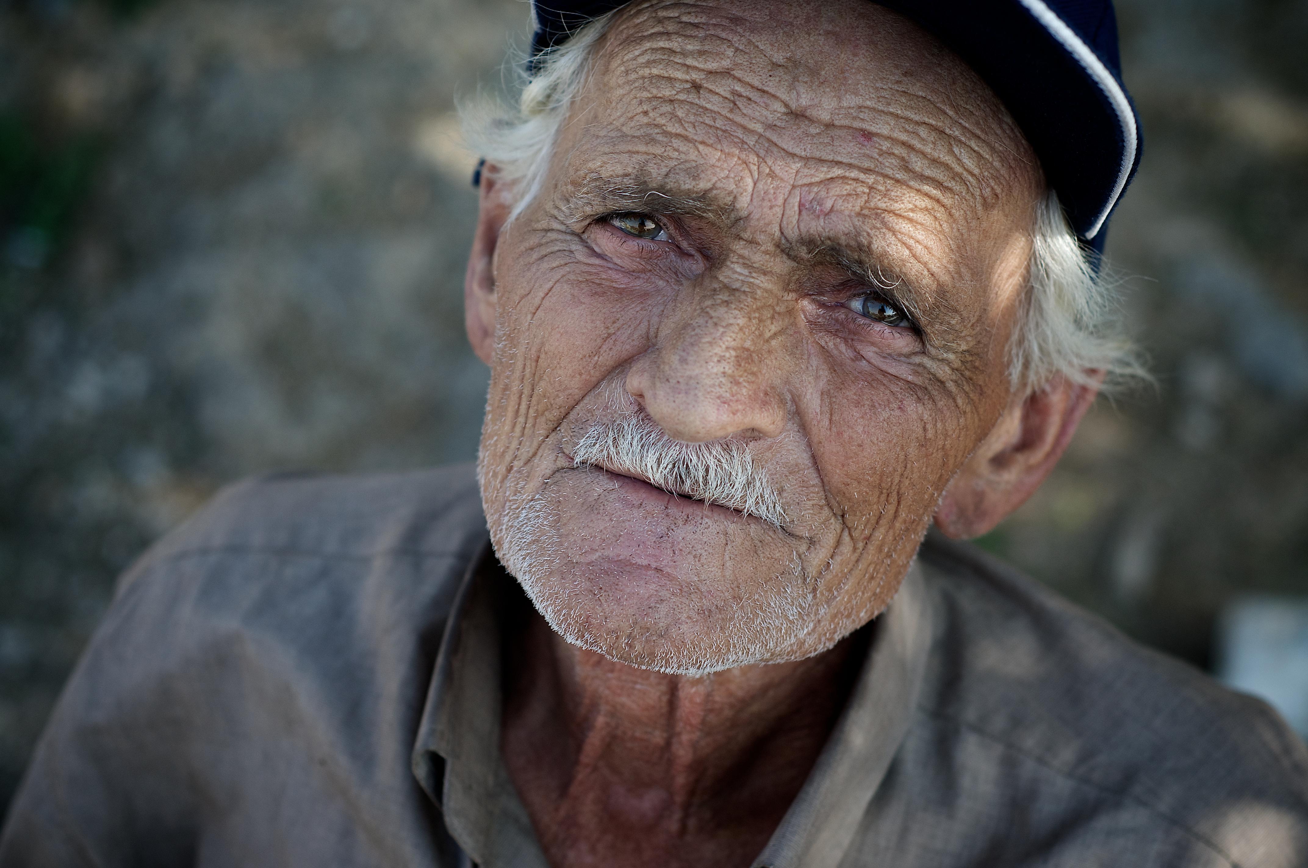 смуглые мужчины пожилые фото примесь