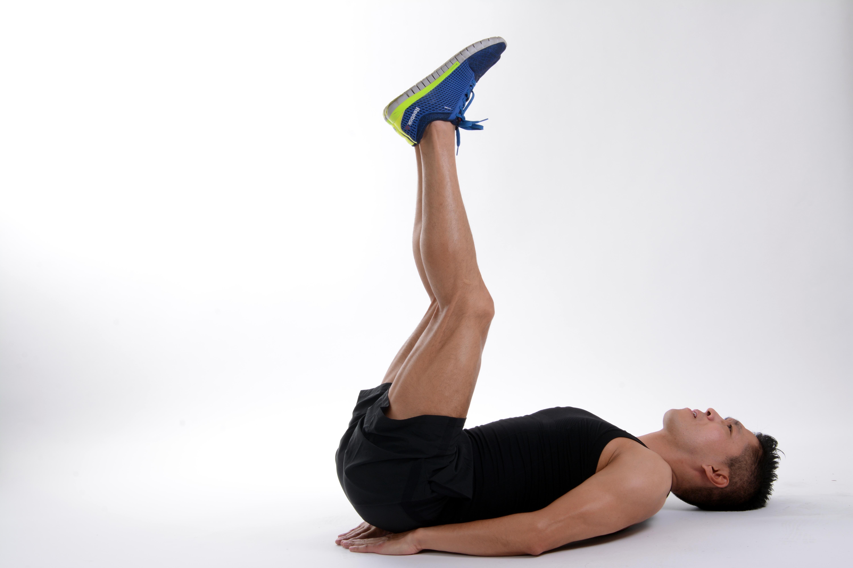 Fotos gratis : persona, deporte, pierna, sentado, brazo, músculo ...