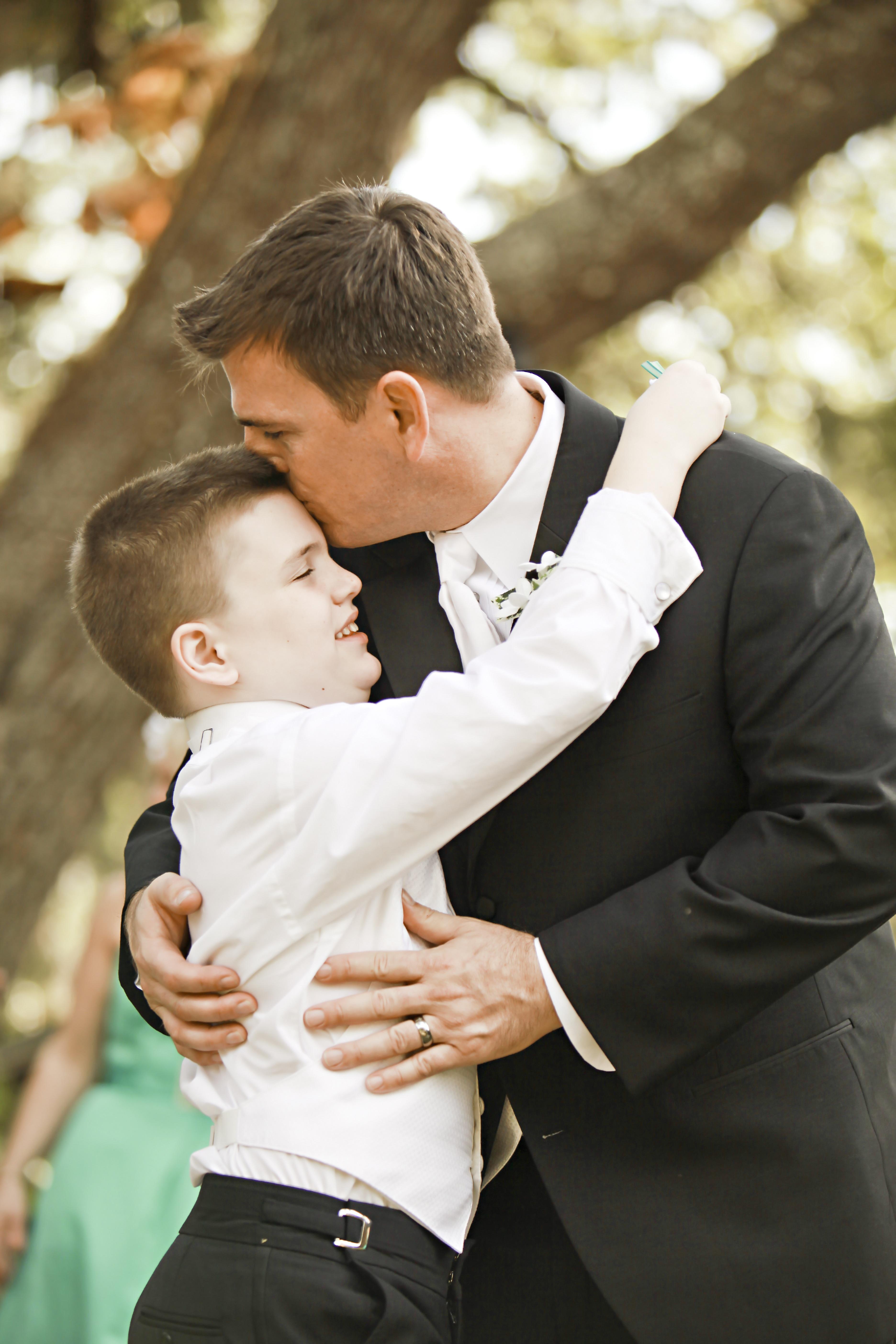 Kostenlose foto : Mann, Person, Anzug, Junge, männlich, Liebe, Vater ...
