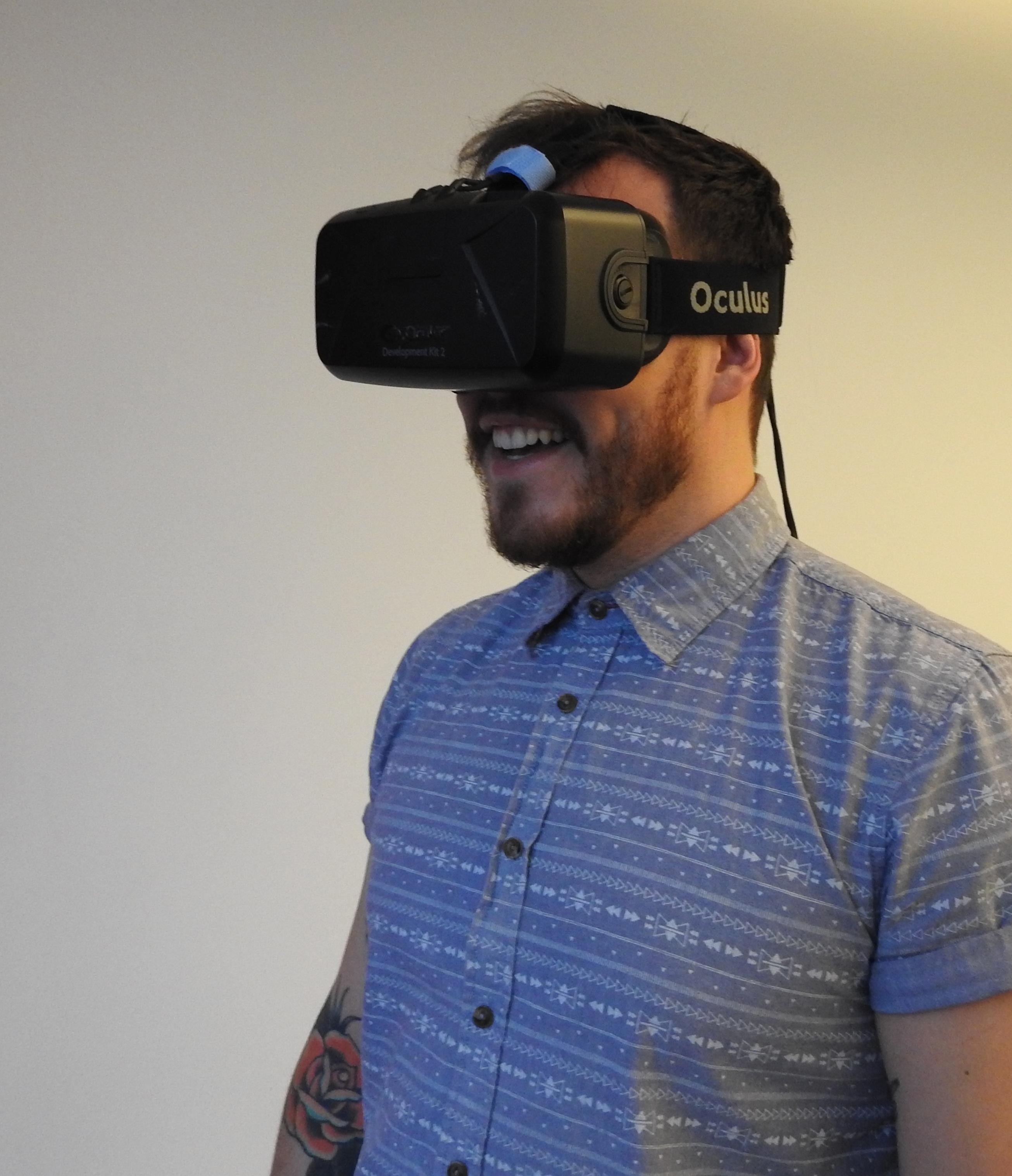 Kostenlose foto Mann Person Technologie Spiel männlich blau