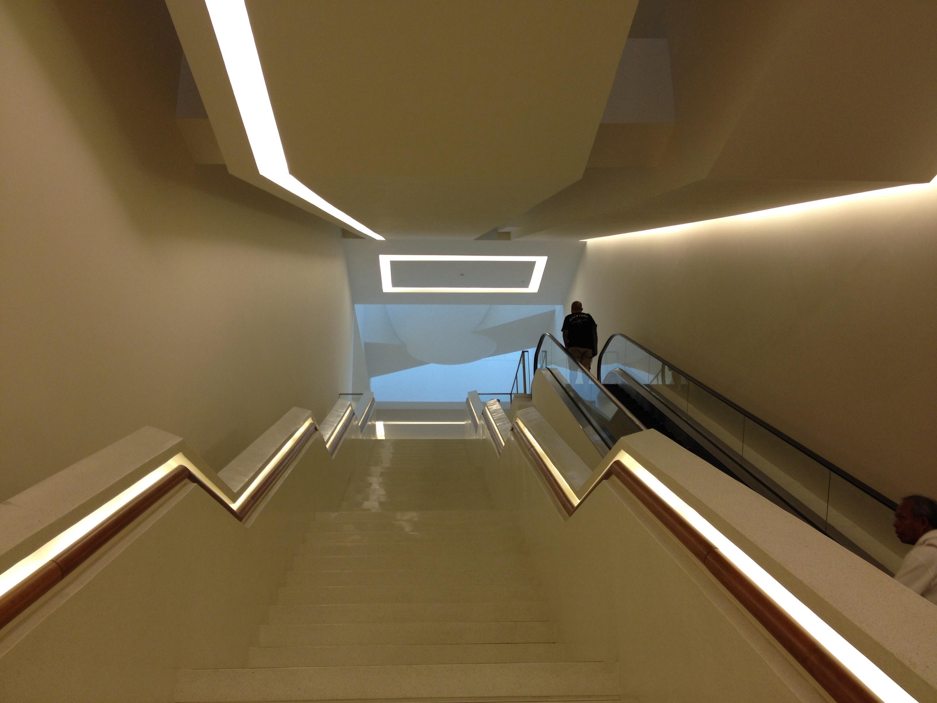 Iluminacion de escaleras ums info with iluminacion de - Iluminacion de escaleras ...