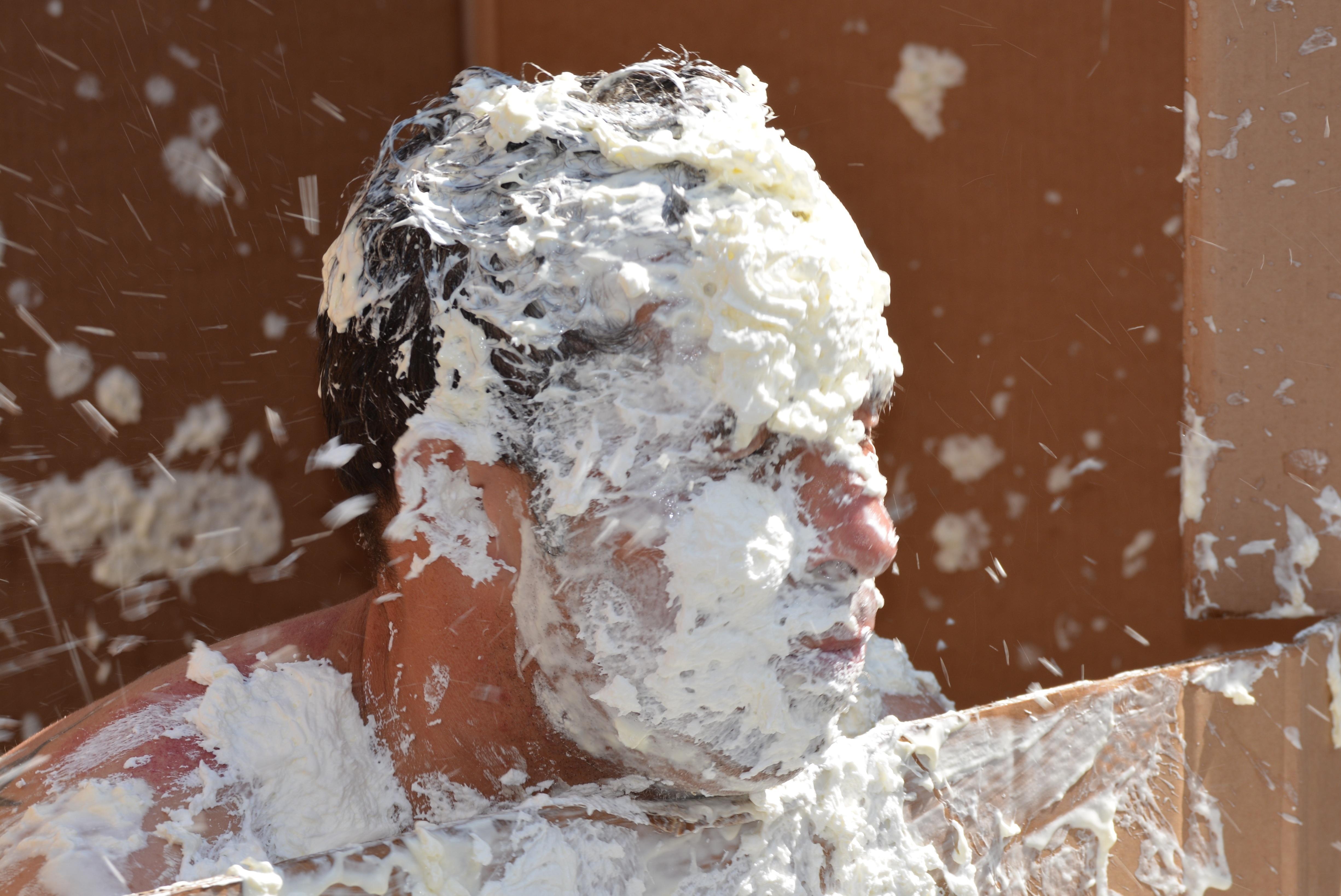 Fotoğraf Adam Kar Kış Insanlar Beyaz Buz Hava Kek Malzeme