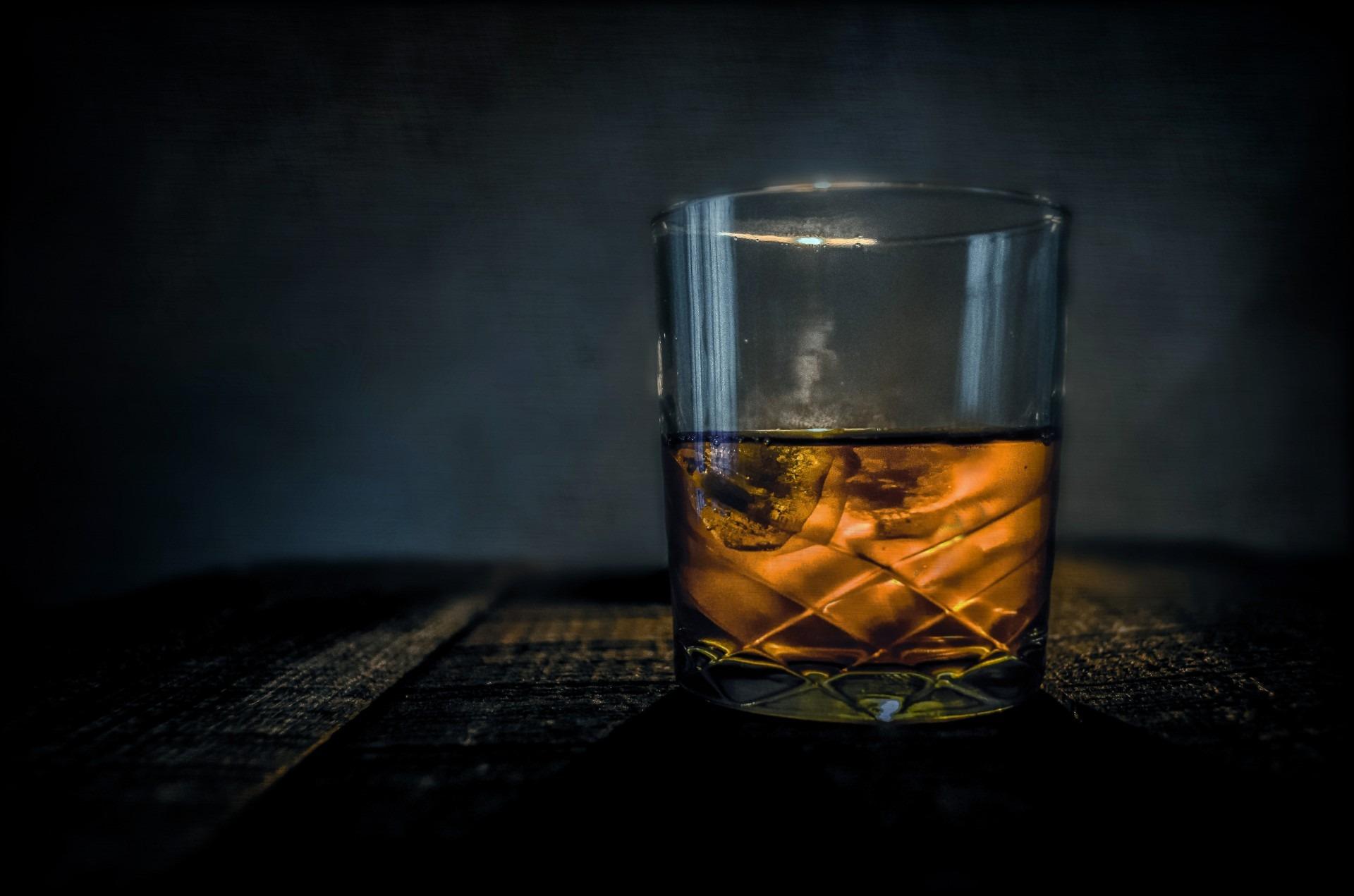 Társkereső angol üveg