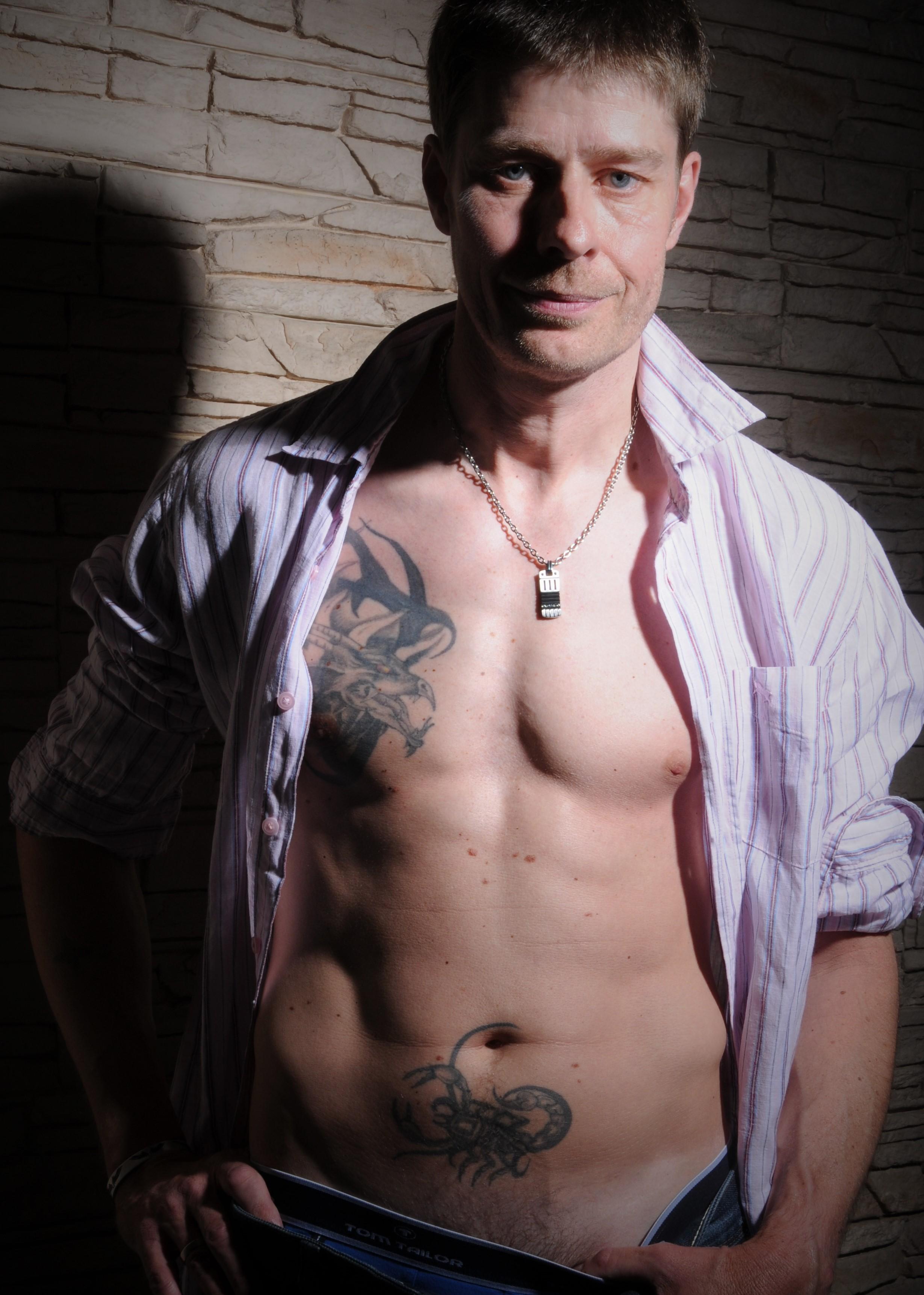 Darmowe Zdjęcia Człowiek Tatuaże Mięśnie Klatka Piersiowa