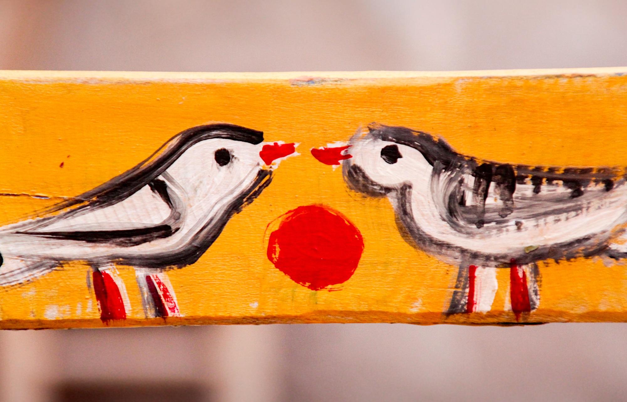 Gambar Manusia Wanita Jeruk Warna Romantis Kuning Lukisan