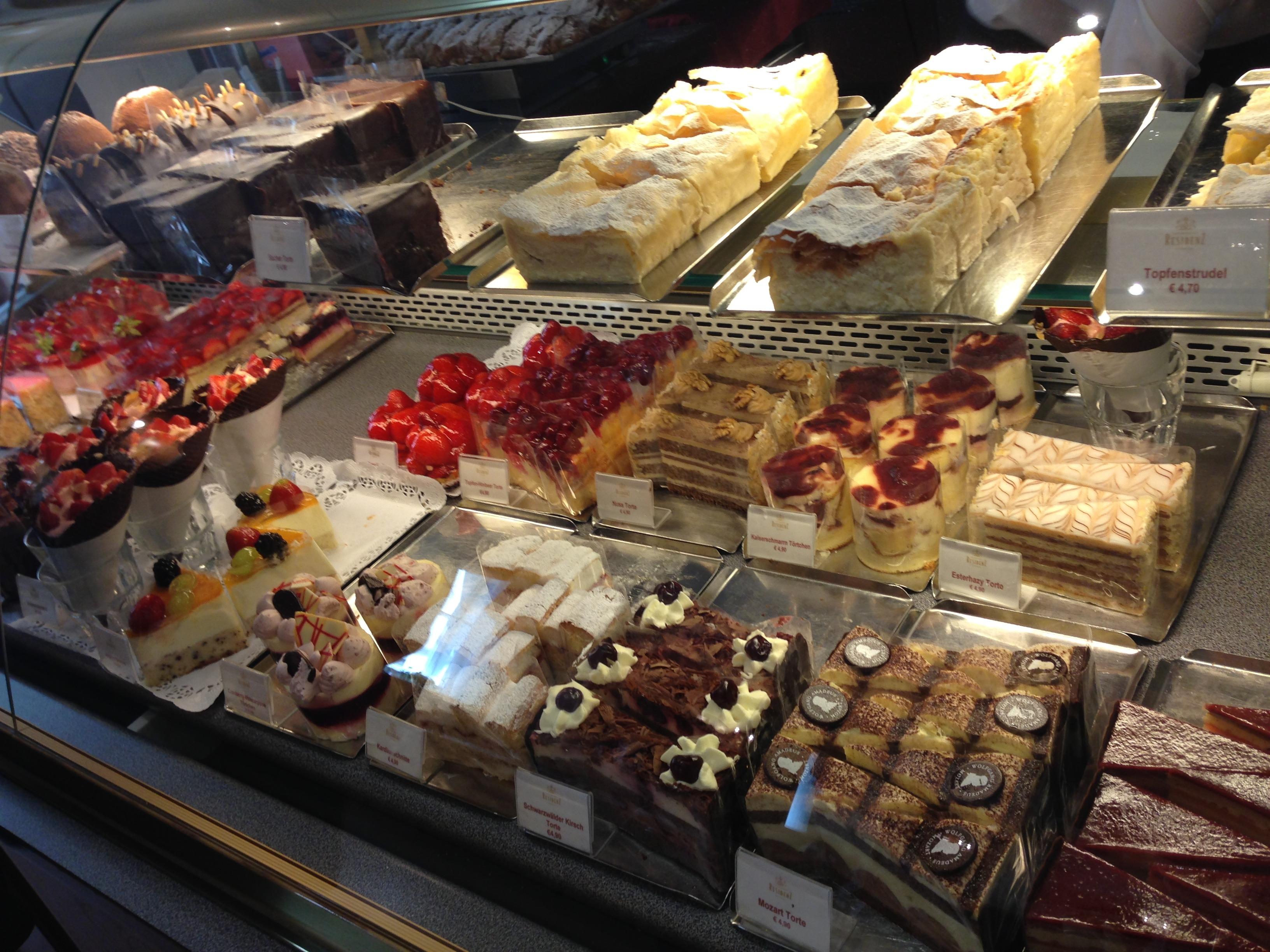 Clairmont Cake Website