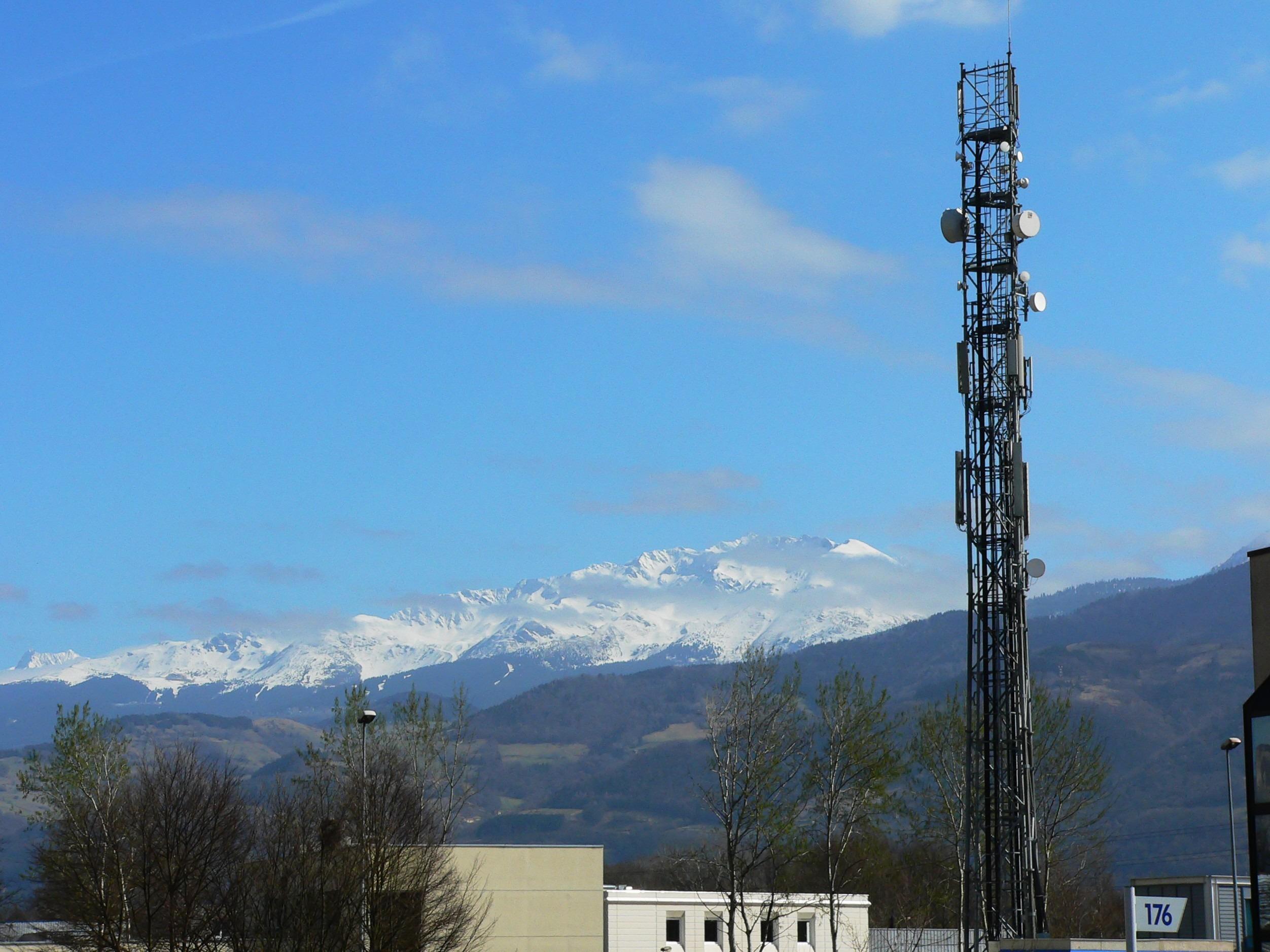 kytkeä Satelliitti Internet