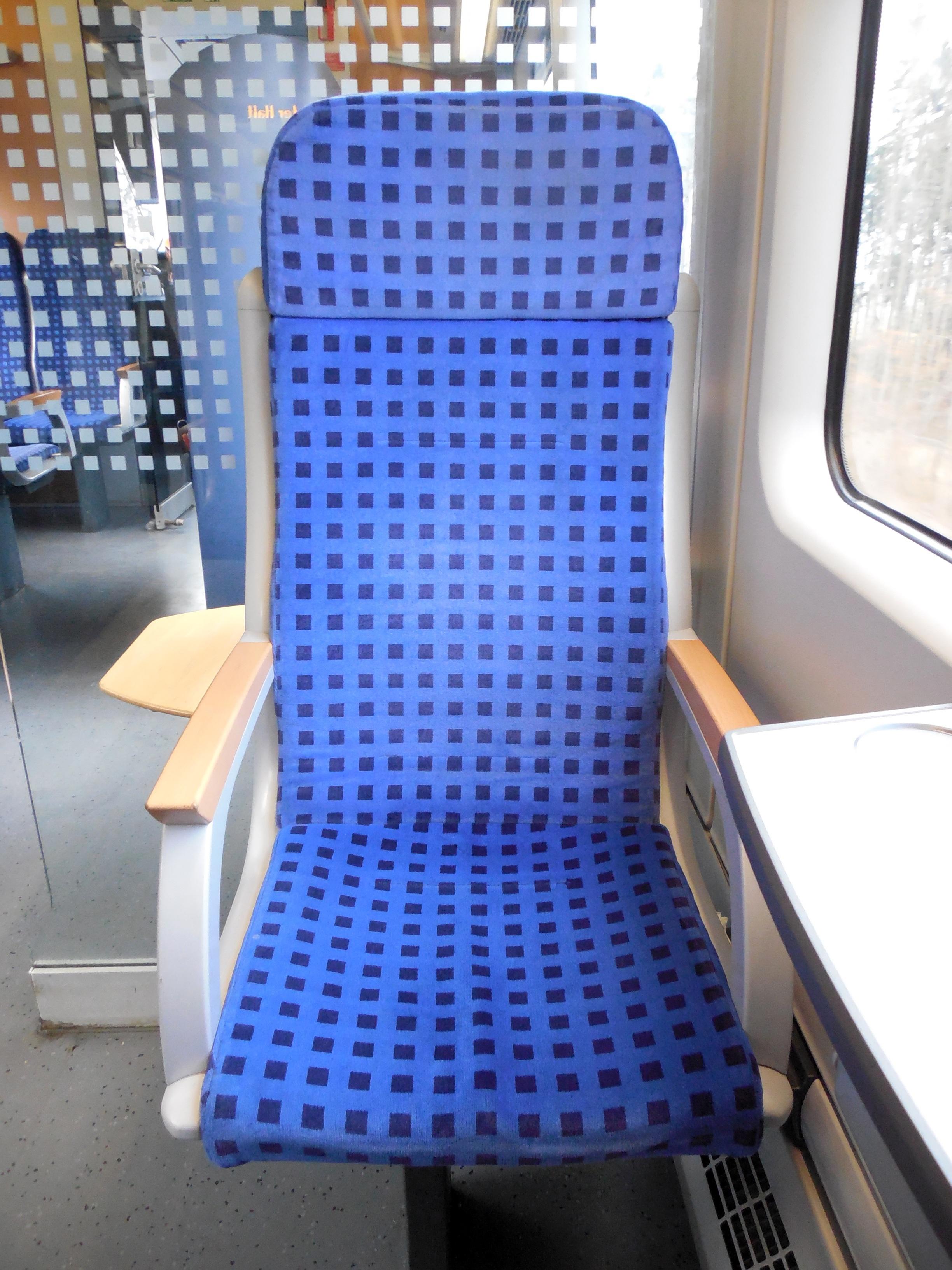 movil ferrocarril silla asiento tren viajar salida mueble diseno de interiores diseno asiento de auto locomocion