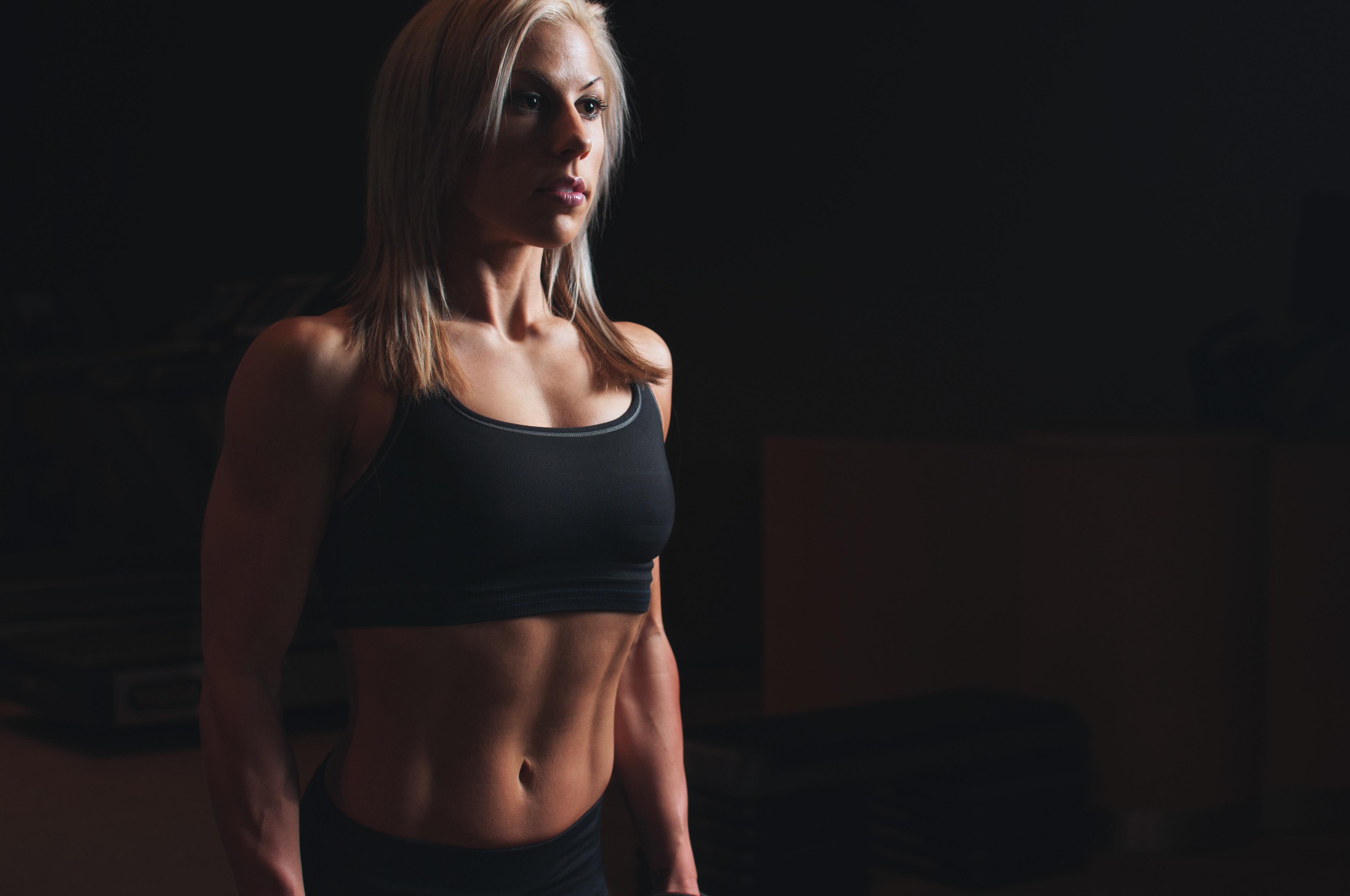 Fotos gratis : modelo, brazo, músculo, cuerpo humano, culturismo ...