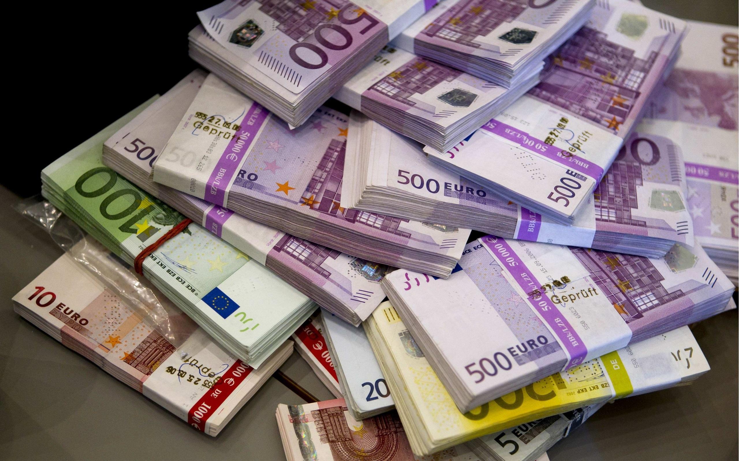цилиндре это картинки с долларами и евро там