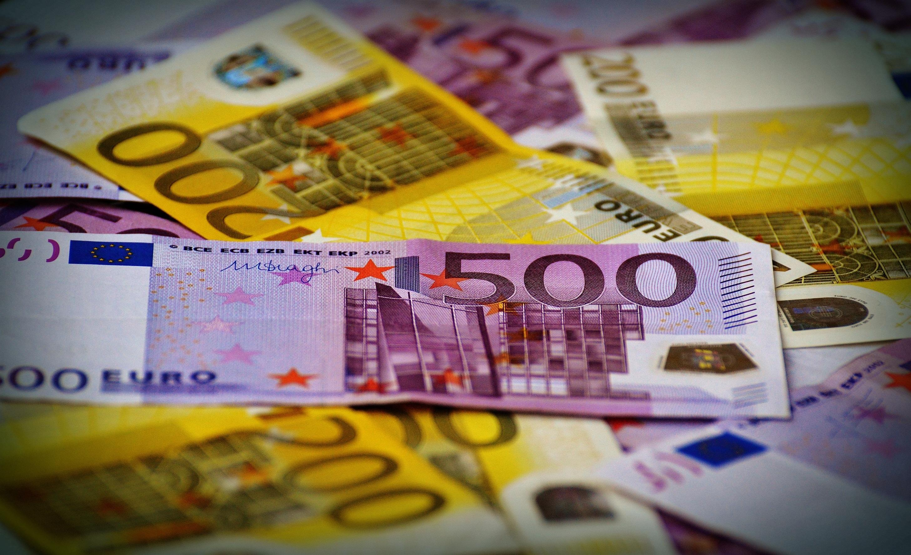 банкноты денег для игры