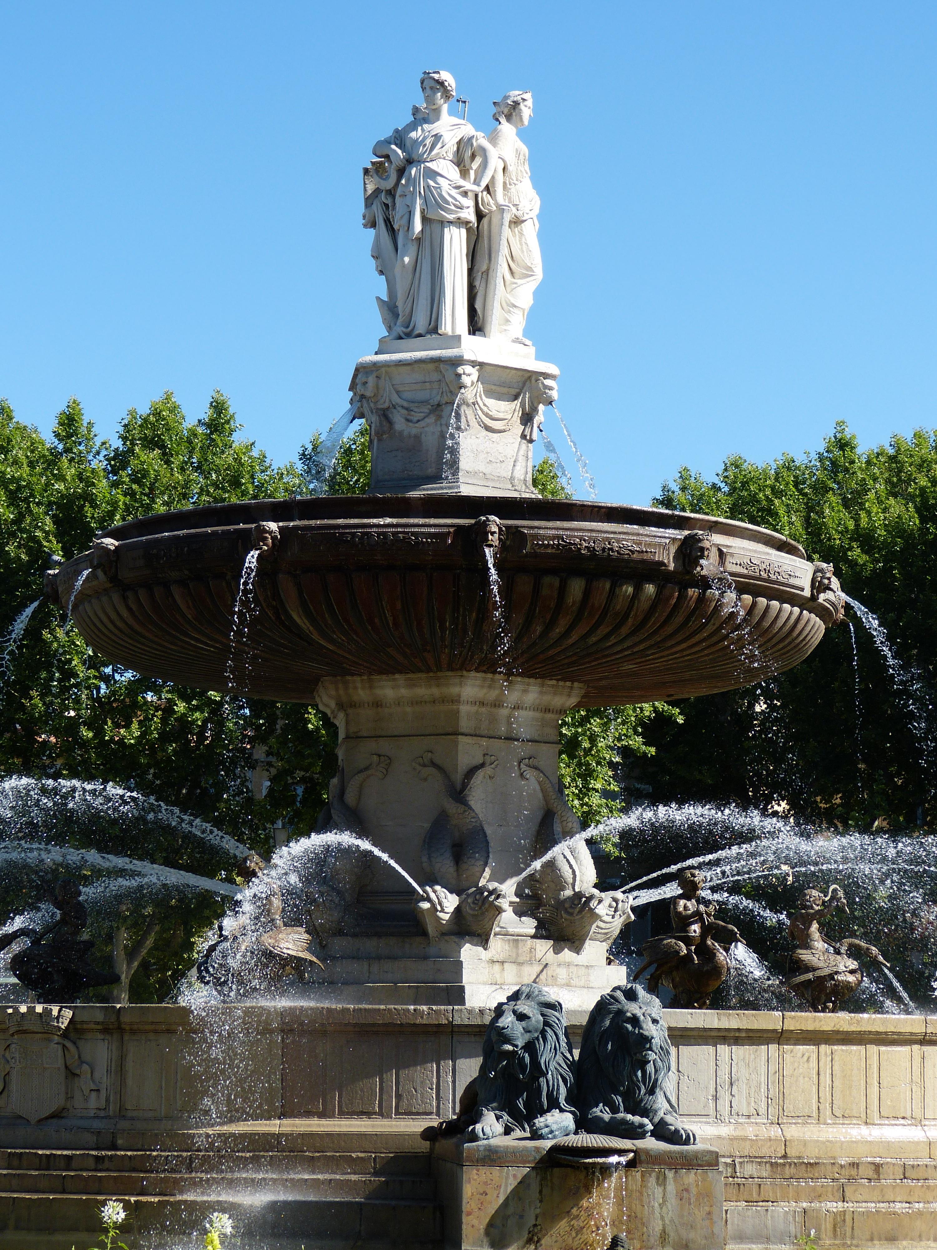 Bildet : monument, Frankrike, statue, rom, plaza, landemerke, hage, løve, fig, skulptur, minnesmerke, provence, fontene, vann funksjonen, Sør-Frankrike, aix ...