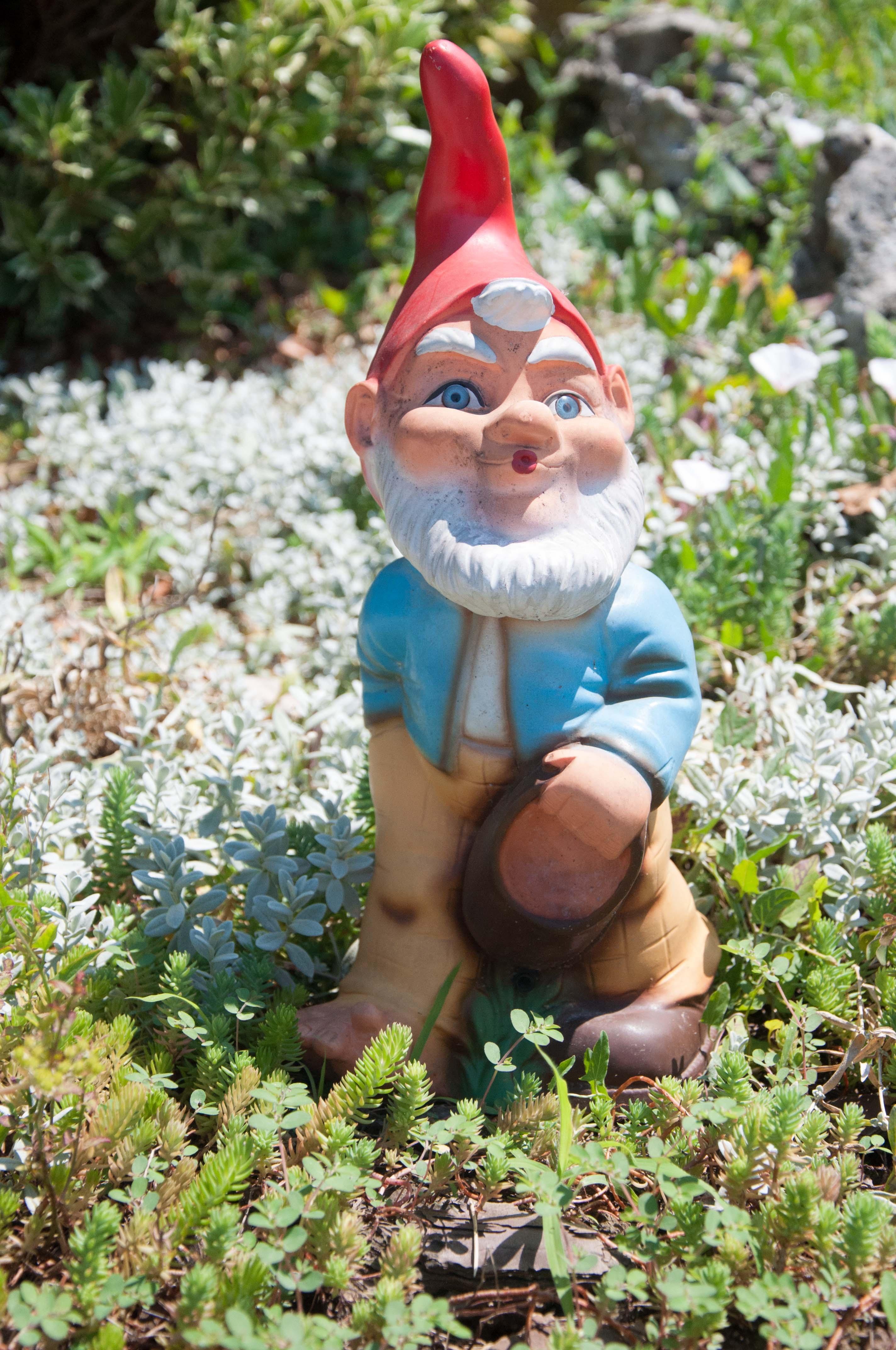 Monument Statue Garden Figure Garden Figurines Garden Gnome Lawn Ornament