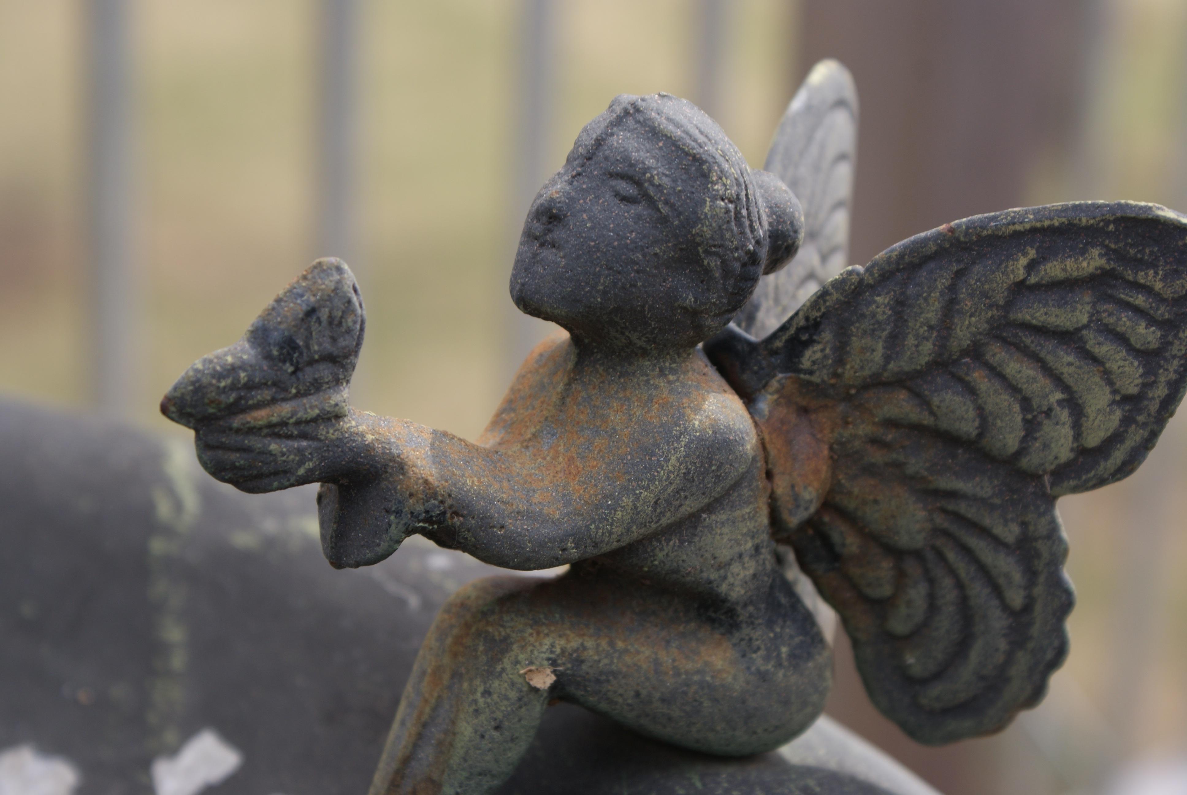 Monument Statue Garden Material Water Fountain Gargoyle Sculpture Art Wings  Fountain Fantasy Carving Fairy