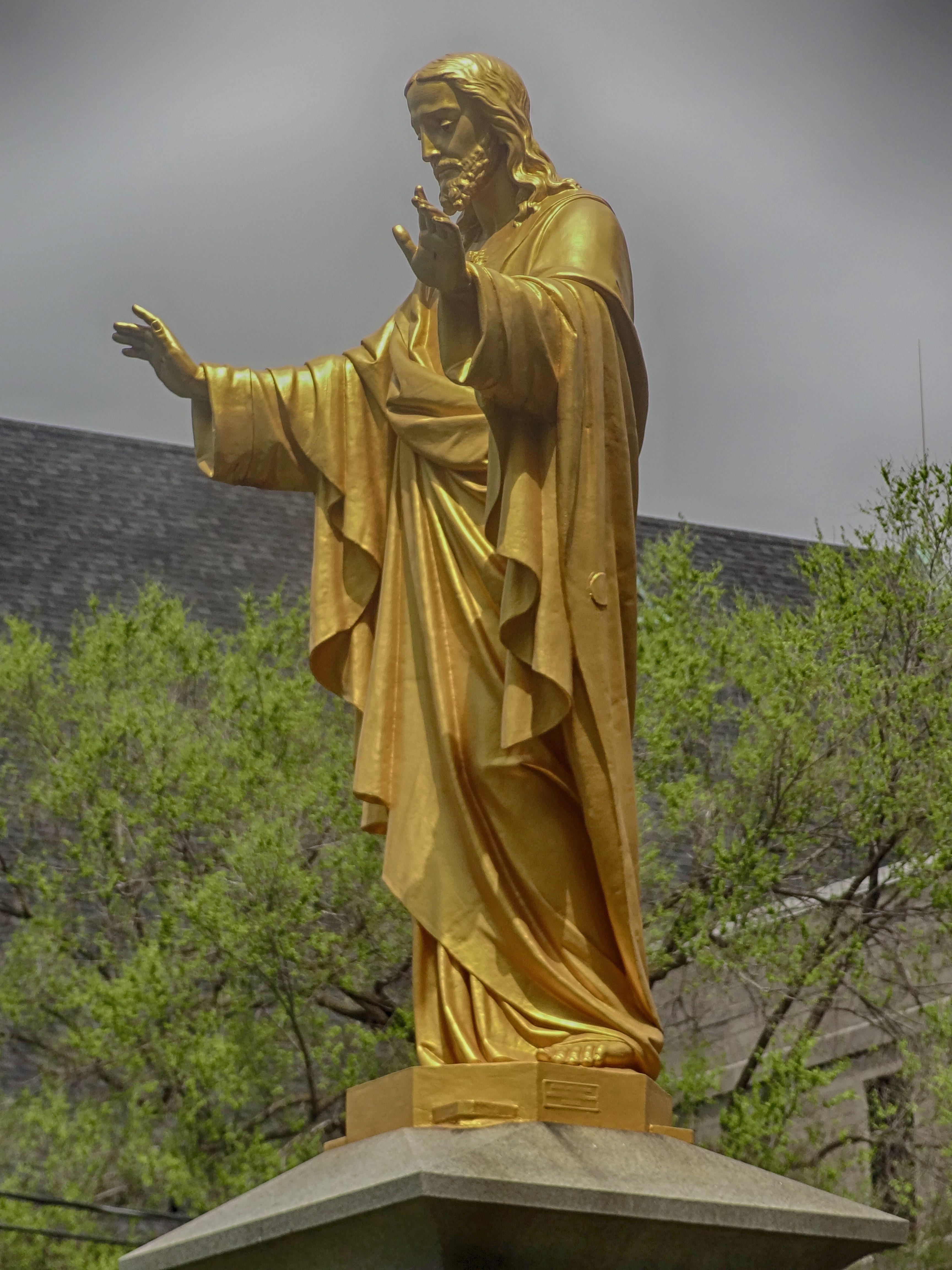 Статуи иисуса картинки