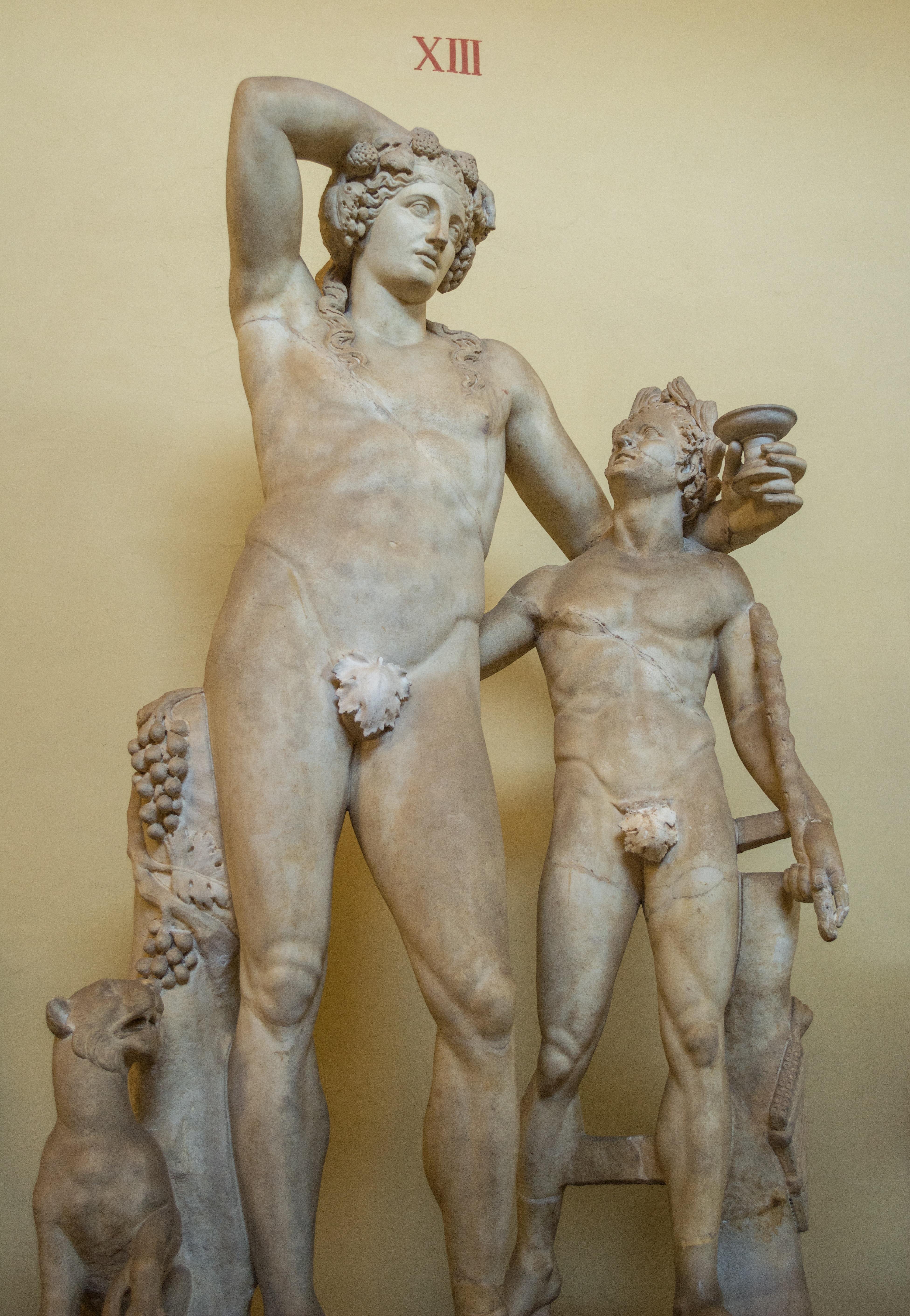 sculptură romană penis