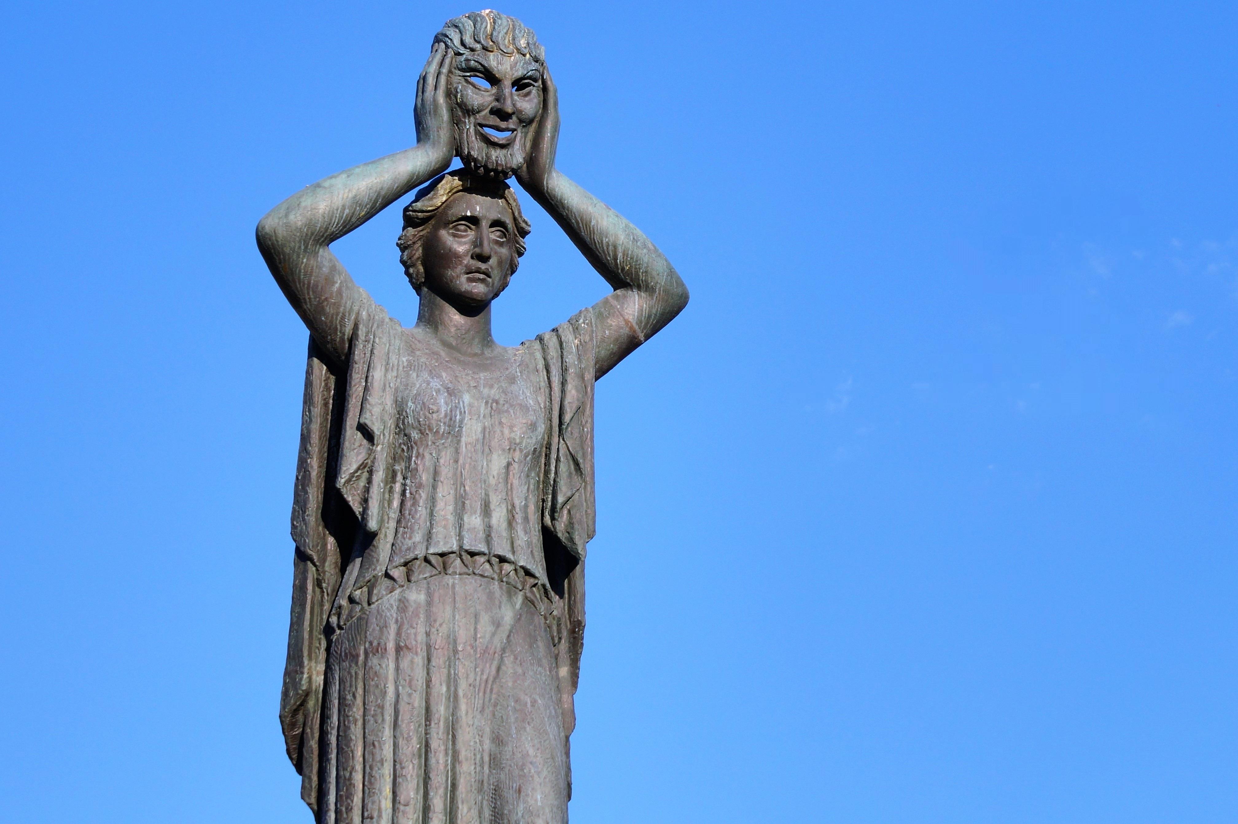 Скульптуры памятники картинки