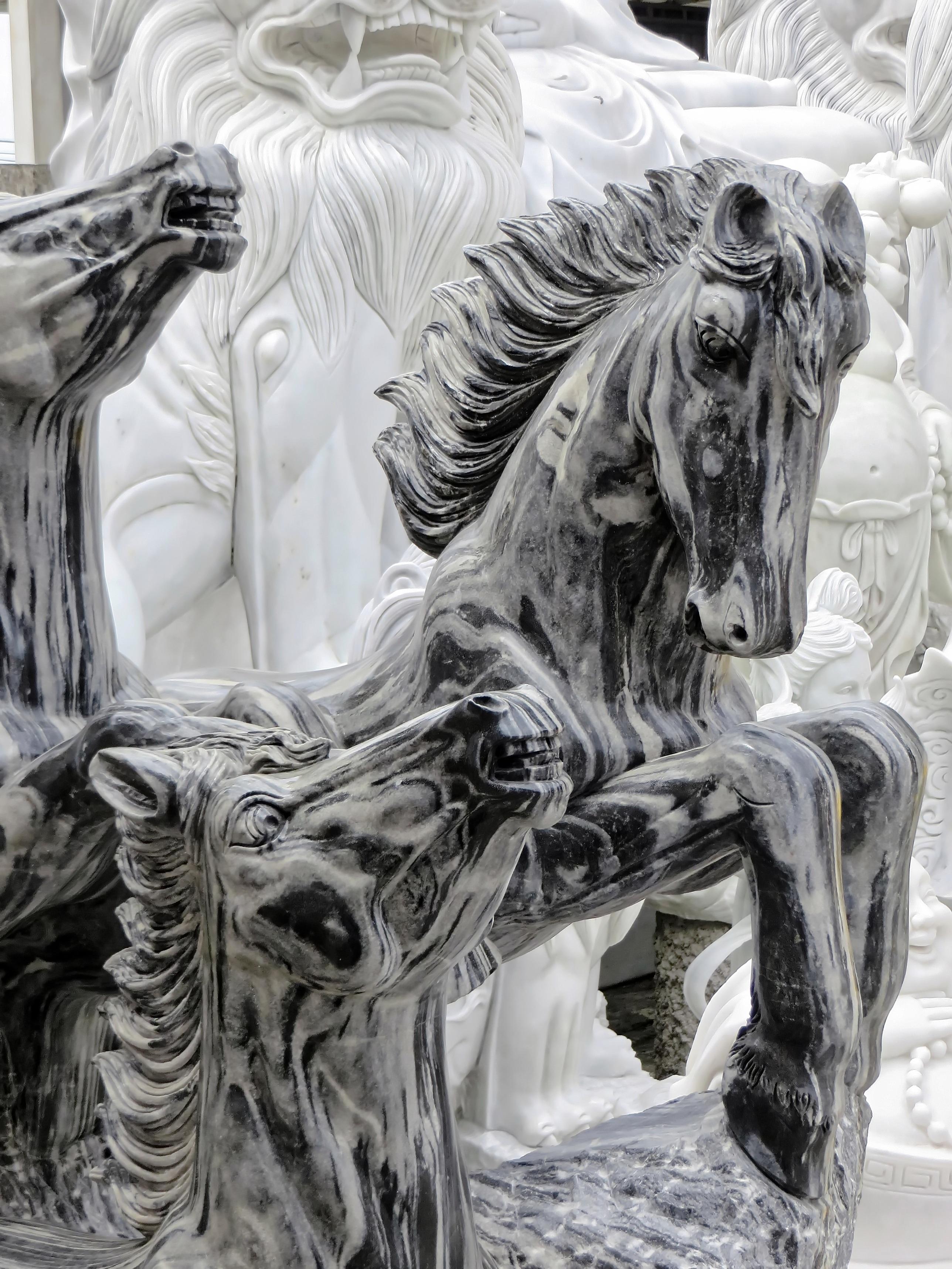 Gambar Monumen Patung Viet Nam Kuda Seni Sketsa