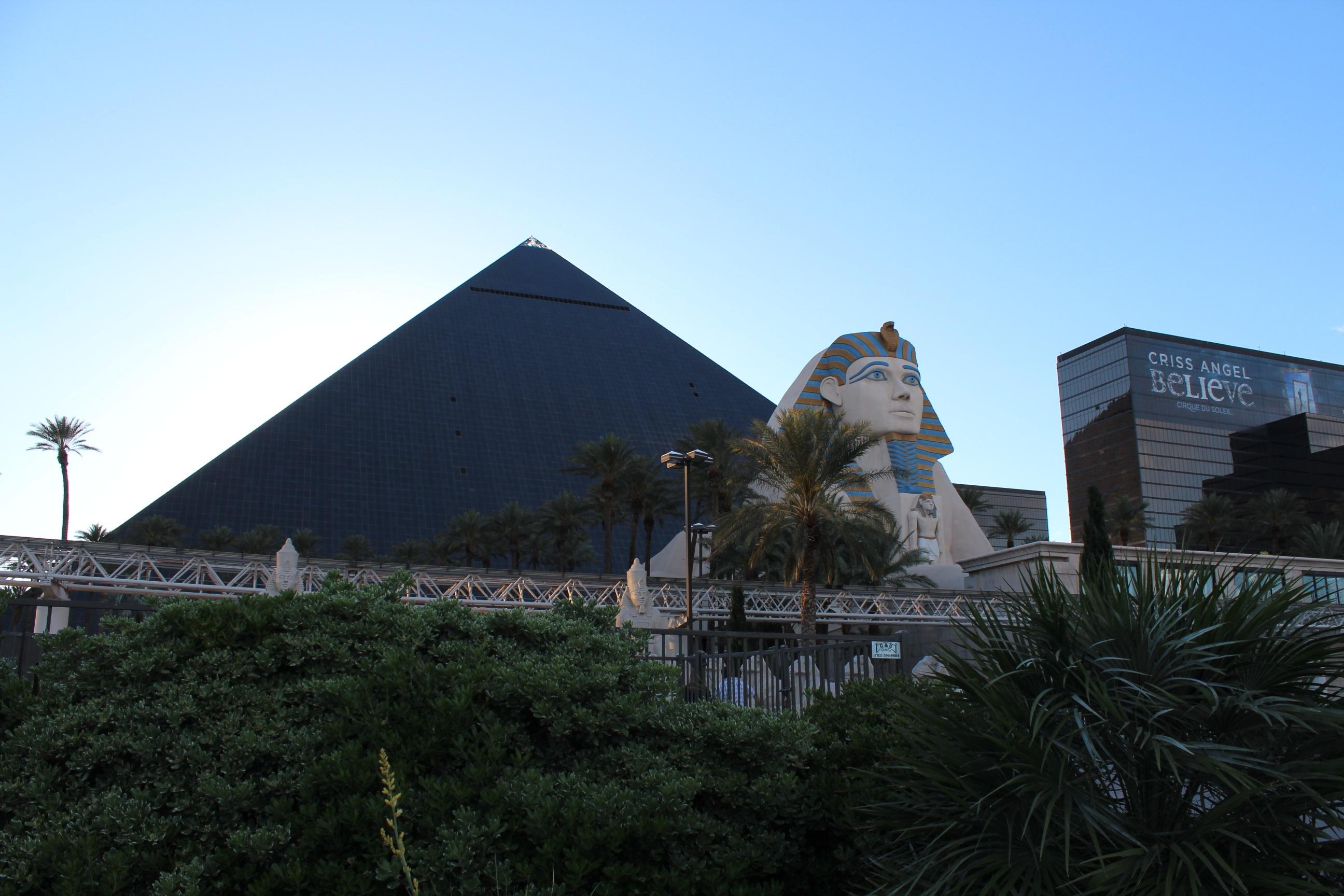 monument la tour pyramide point de repère Egypte louxor Las Vegas