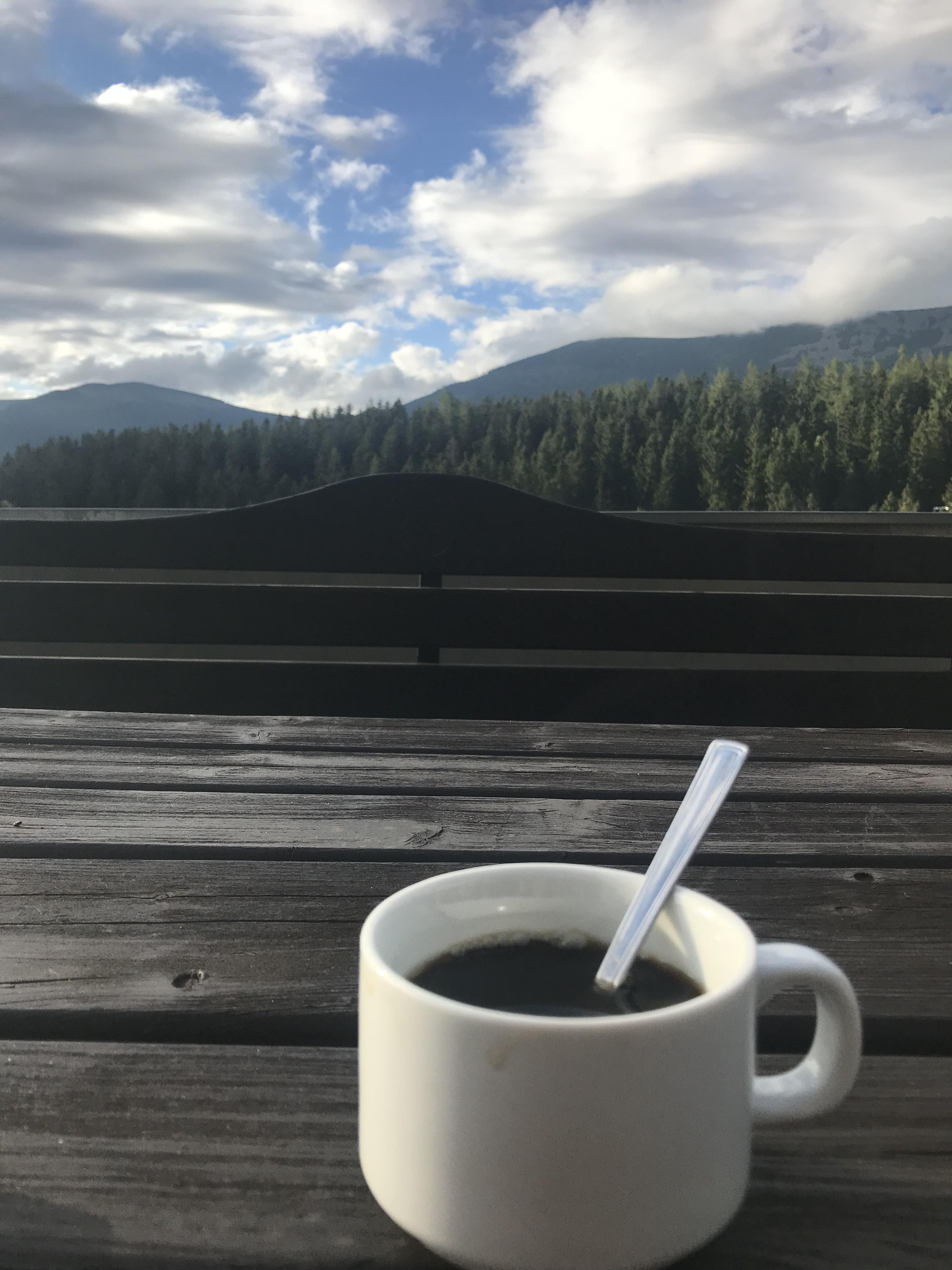 Kostenlose Foto Schwarzer Kaffee Berge Wald Blauer