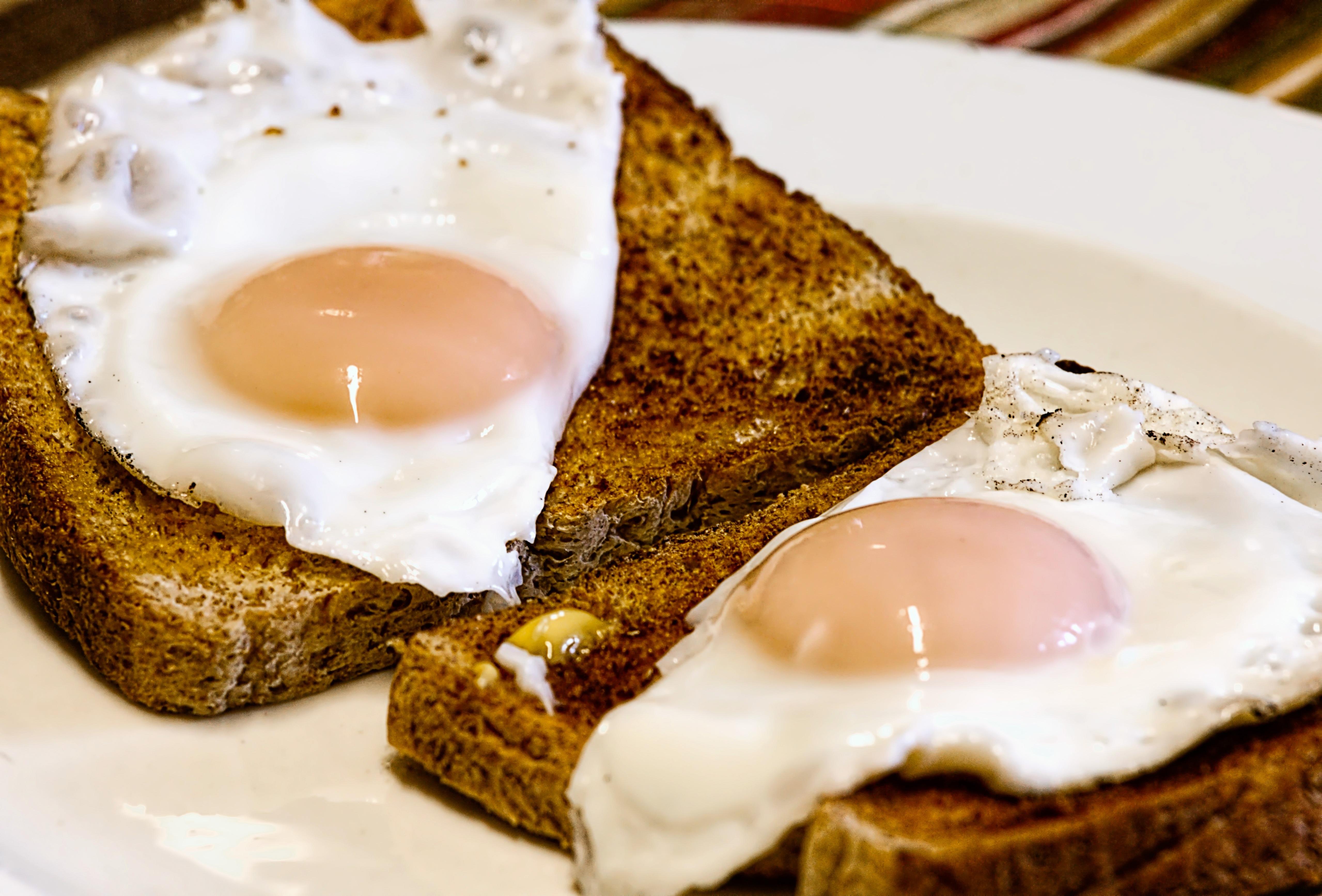 еда яичница желток  № 747036 бесплатно