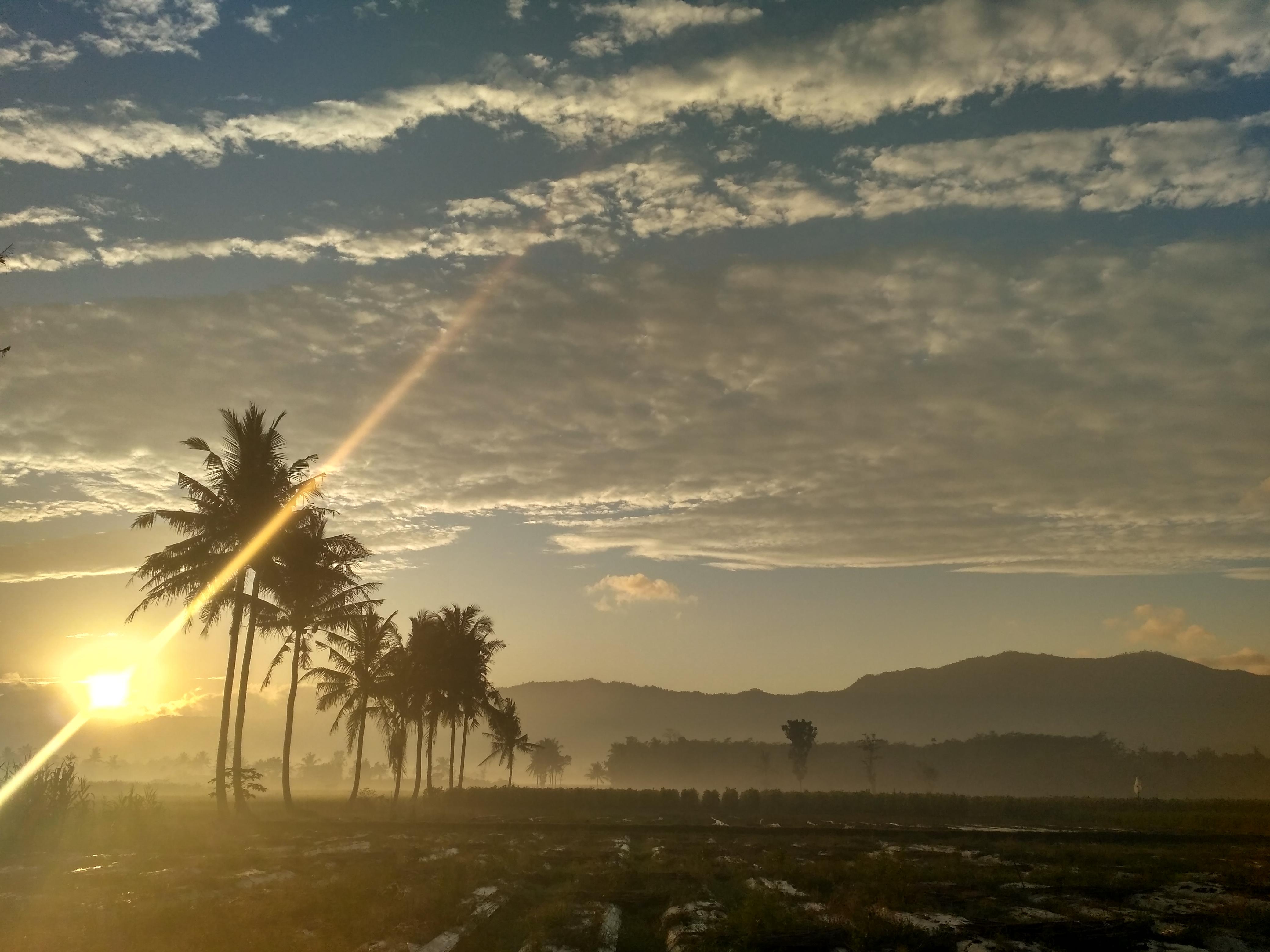Kostenlose Foto Morgen Sonne Berg Nebel Himmel Sonnenaufgang