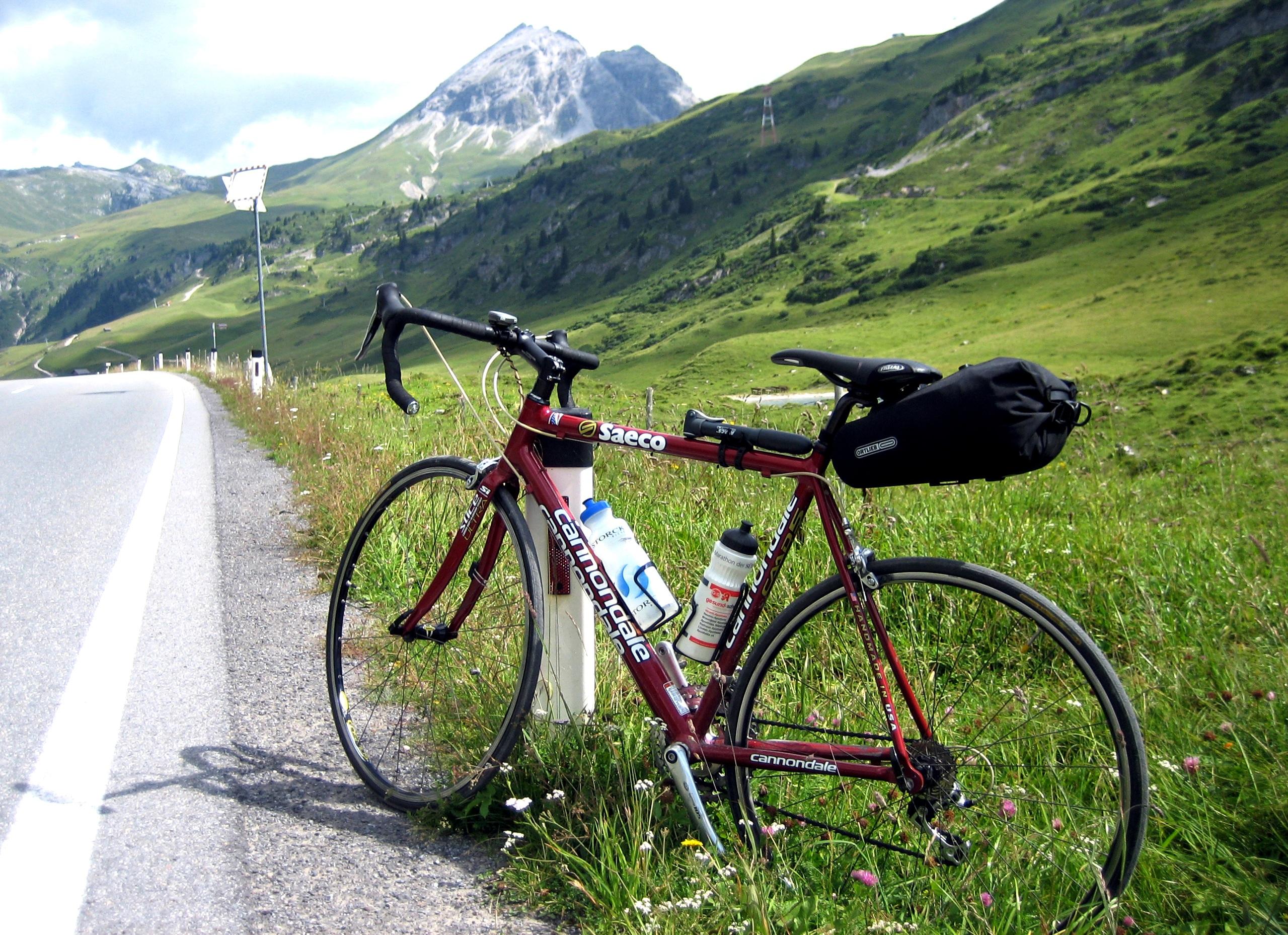 gratis afbeeldingen berg fiets bergketen hoog voertuig alpine sportuitrusting mountain. Black Bedroom Furniture Sets. Home Design Ideas
