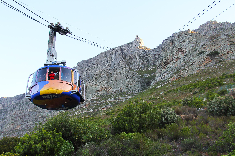 hình ảnh : dãy núi, du lịch, Xe cáp treo, Bàn núi, kinh ngạc, Nam Phi, Thị trấn Cape, 360 độ, bảy kỳ quan, Quan điểm tuyệt vời, Hiện tượng địa chất ...