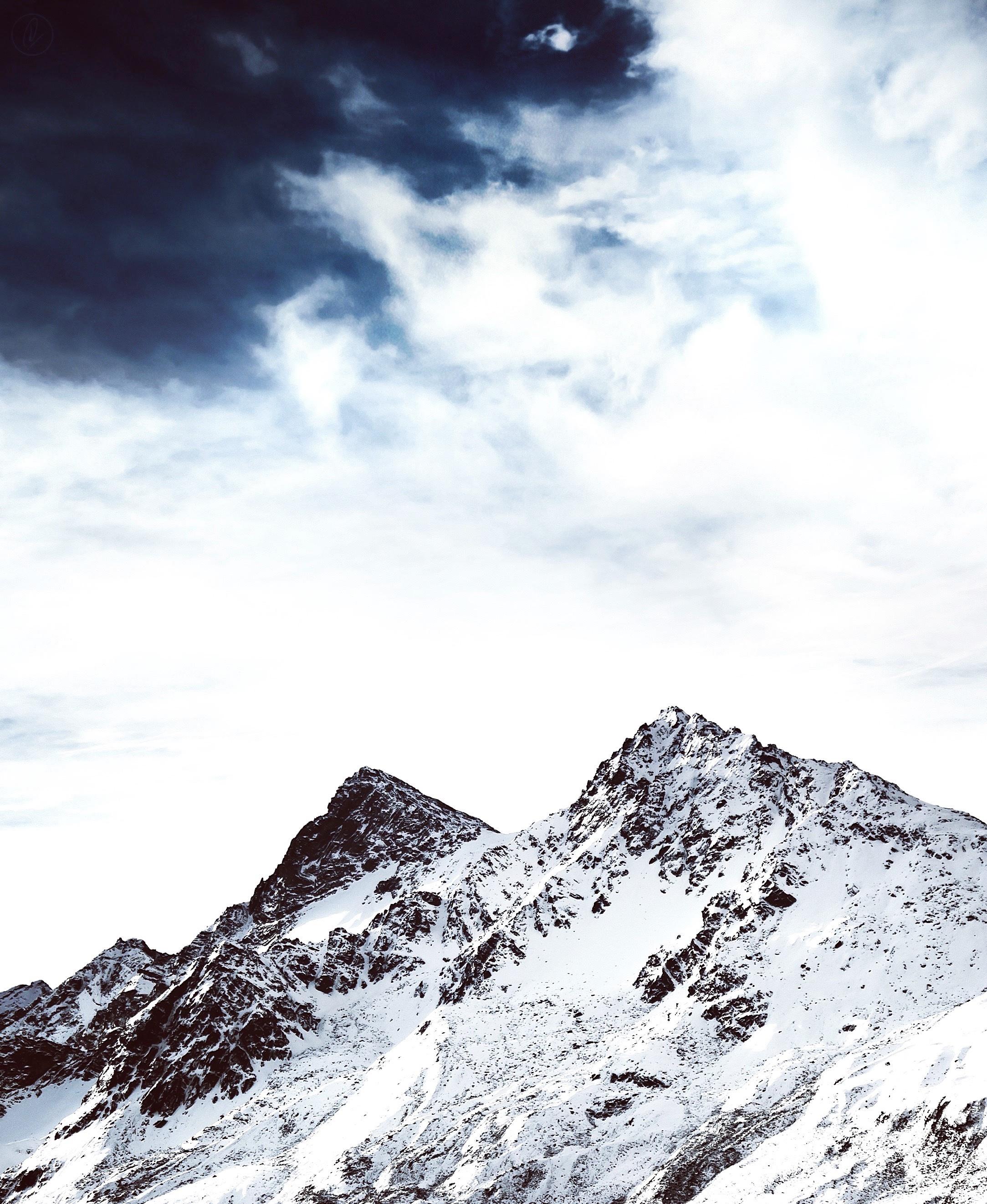 Gambar Gunung Salju Musim Dingin Awan Langit Puncak Pegunungan Alpine Punggung Bukit Pegunungan Alpen Dataran Landform Fitur Geografis Bentang Alam Pegunungan Fenomena Geologi 2167x2644 1141858 Galeri Foto Pxhere