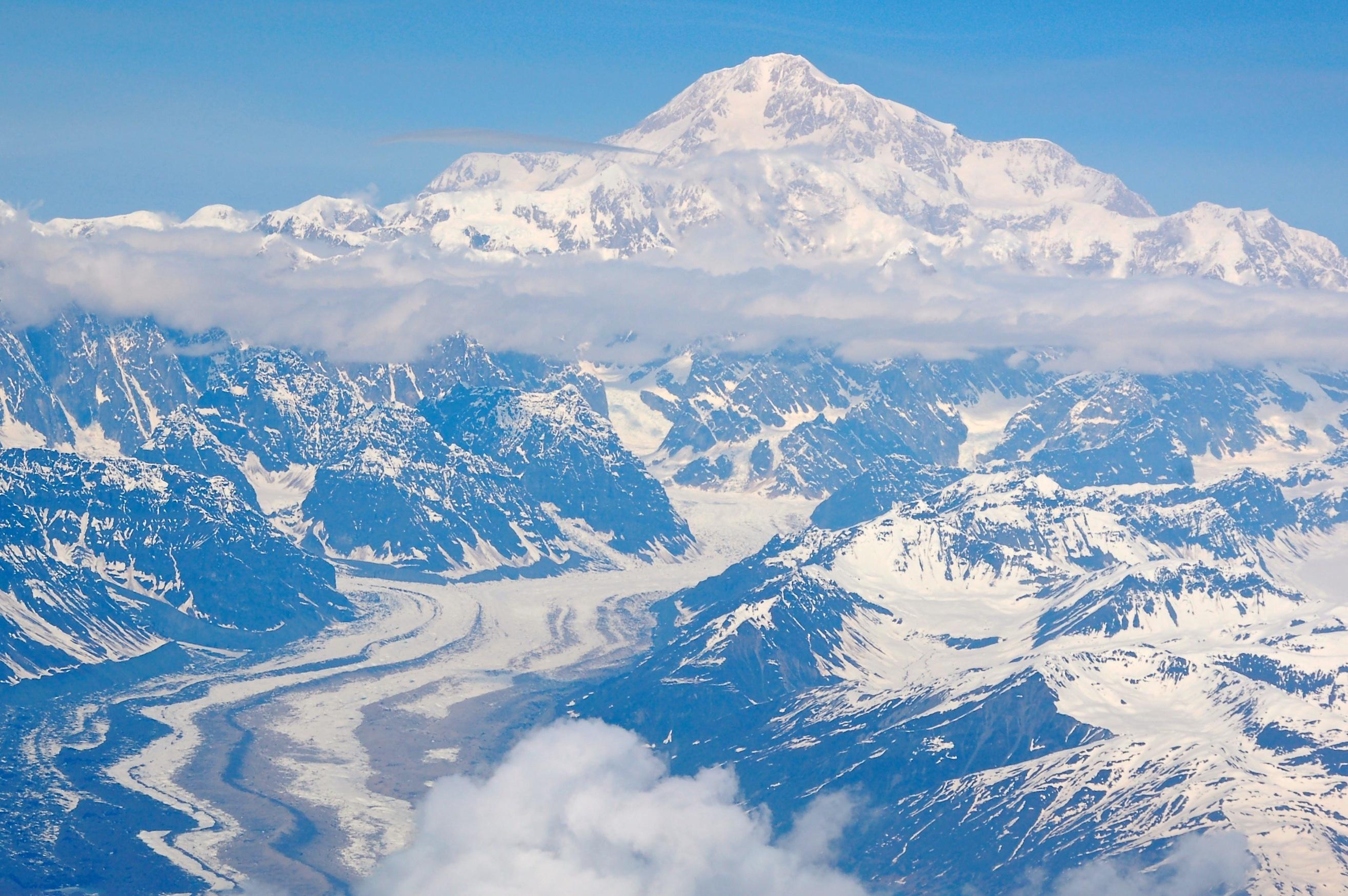 светлой картинки горные снежные вершины электрорадиолом