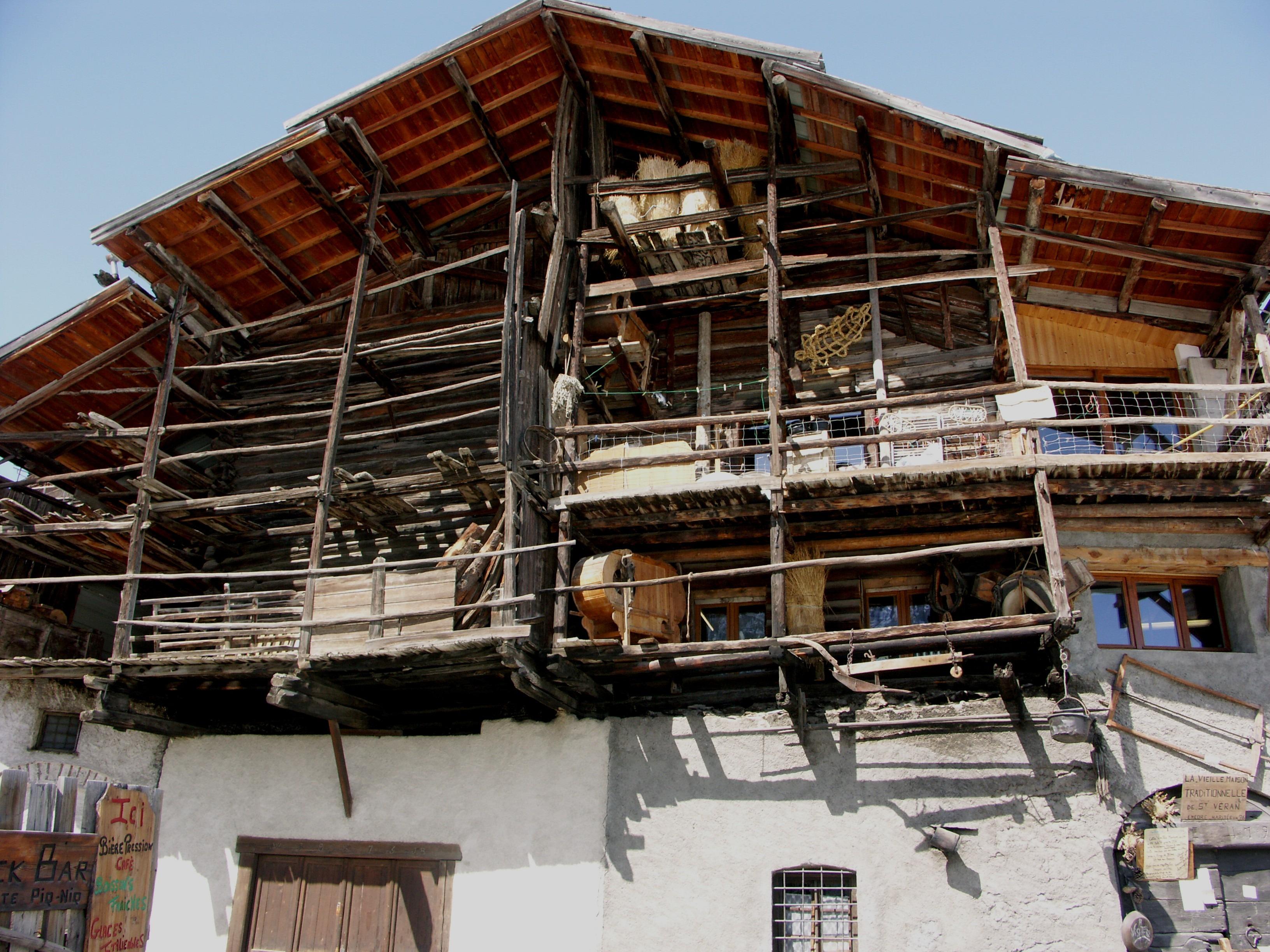 Fotos gratis : montaña, estructura, madera, techo, rústico ...