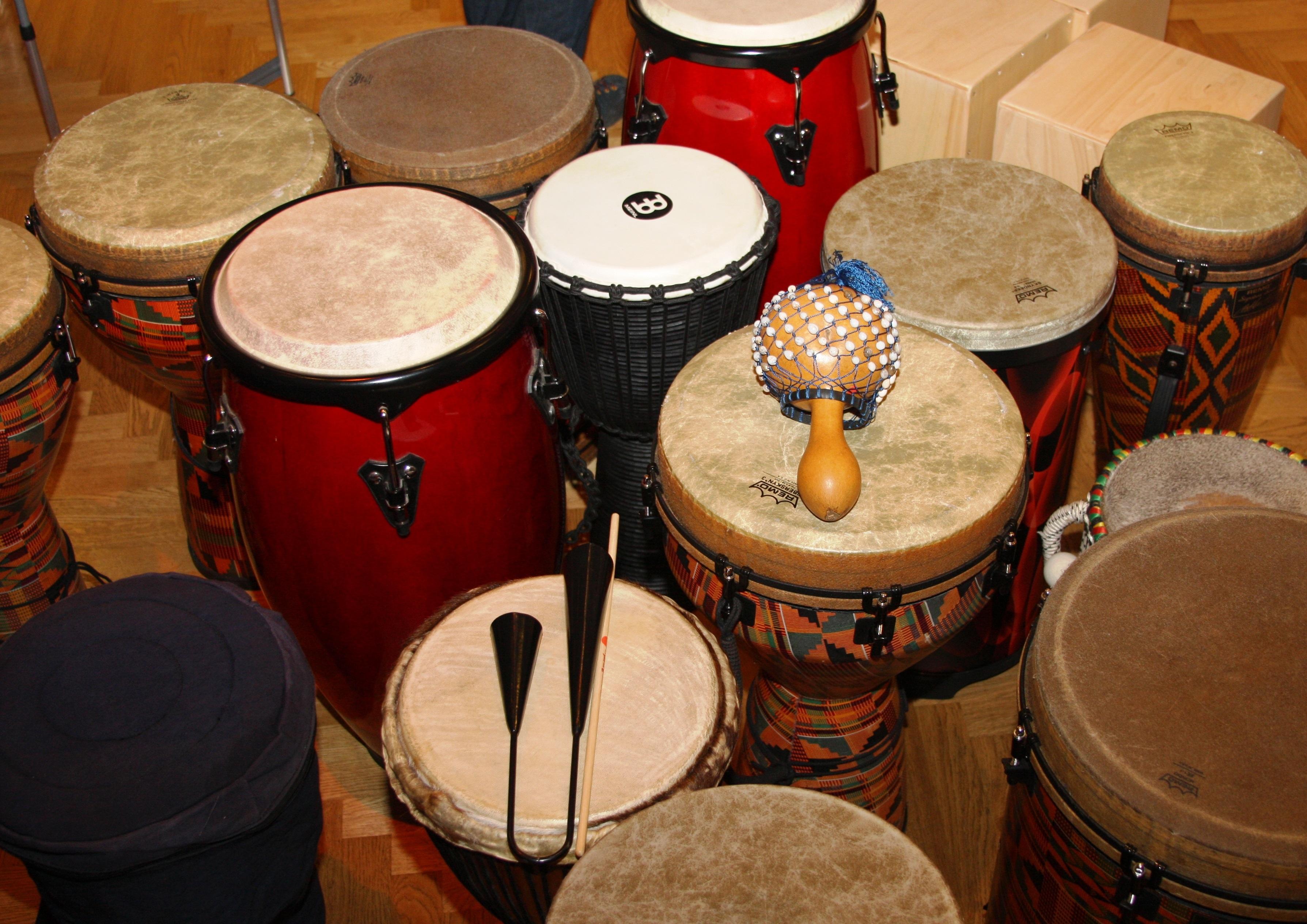 Kostenlose foto : Musik-, Glocke, Trommel, Musikinstrument, Absturz ...