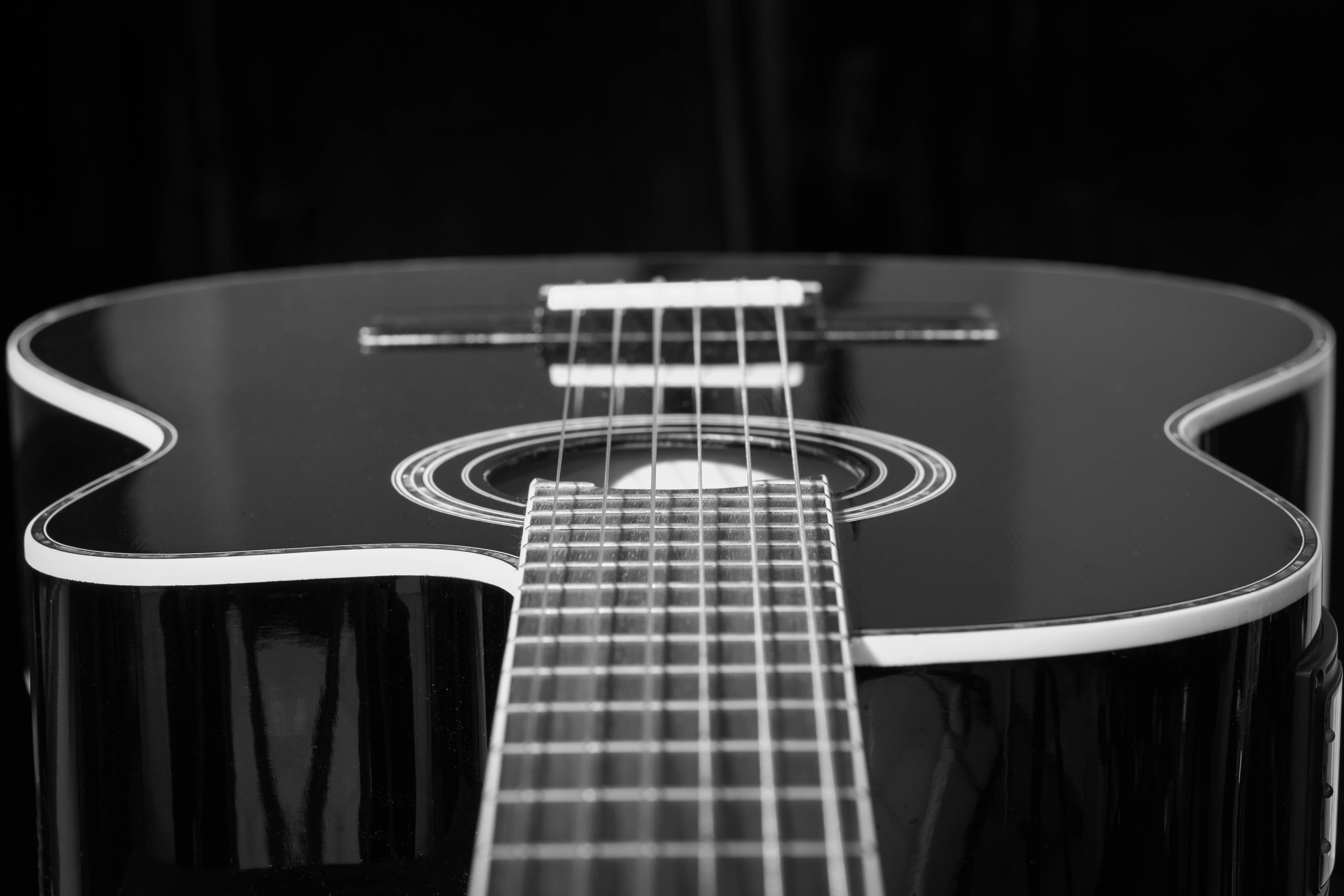 images gratuites la musique noir et blanc guitare acoustique concert monochrome guitare. Black Bedroom Furniture Sets. Home Design Ideas