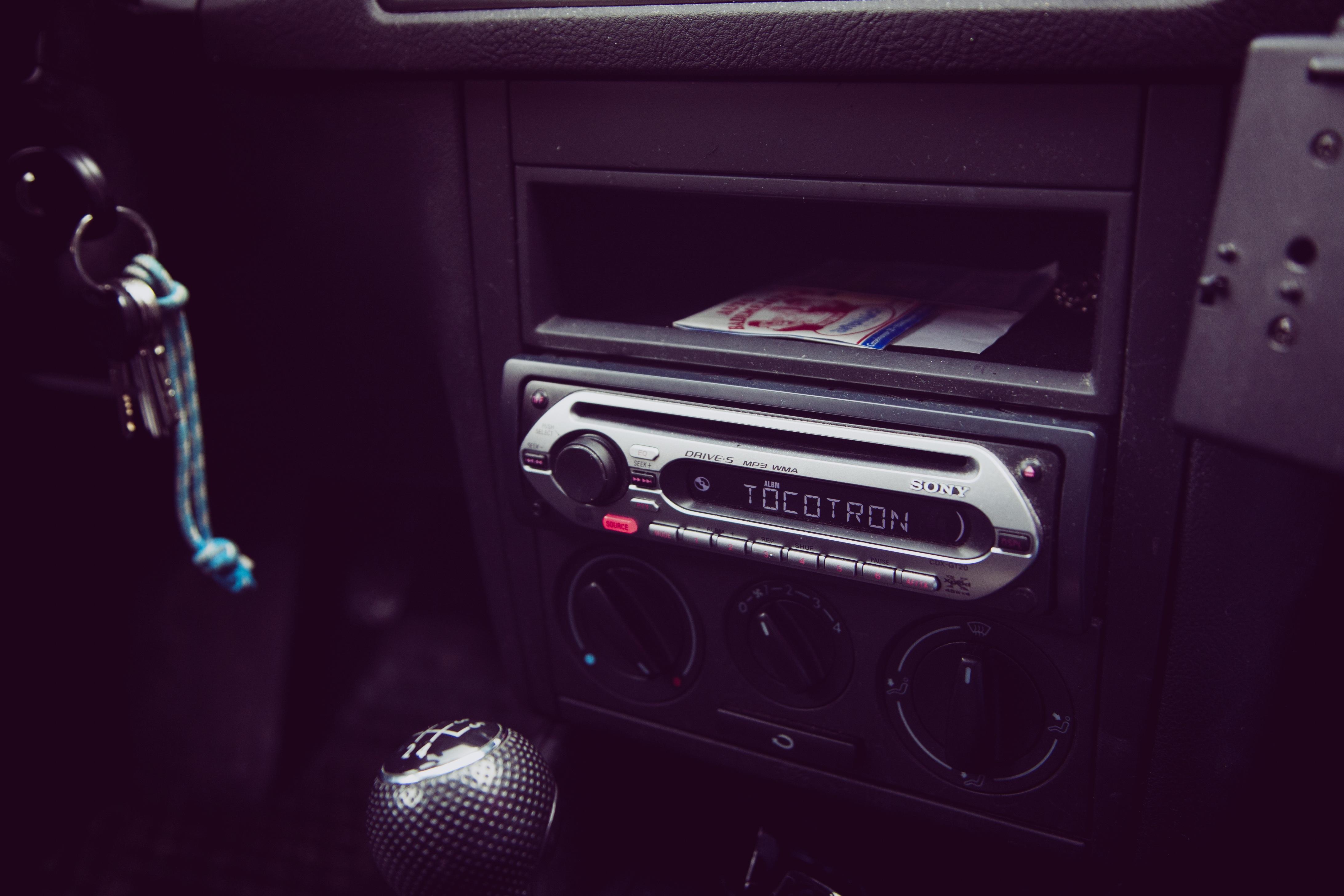 Fotos gratis : música, coche, interior, vehículo, auto, tablero ...