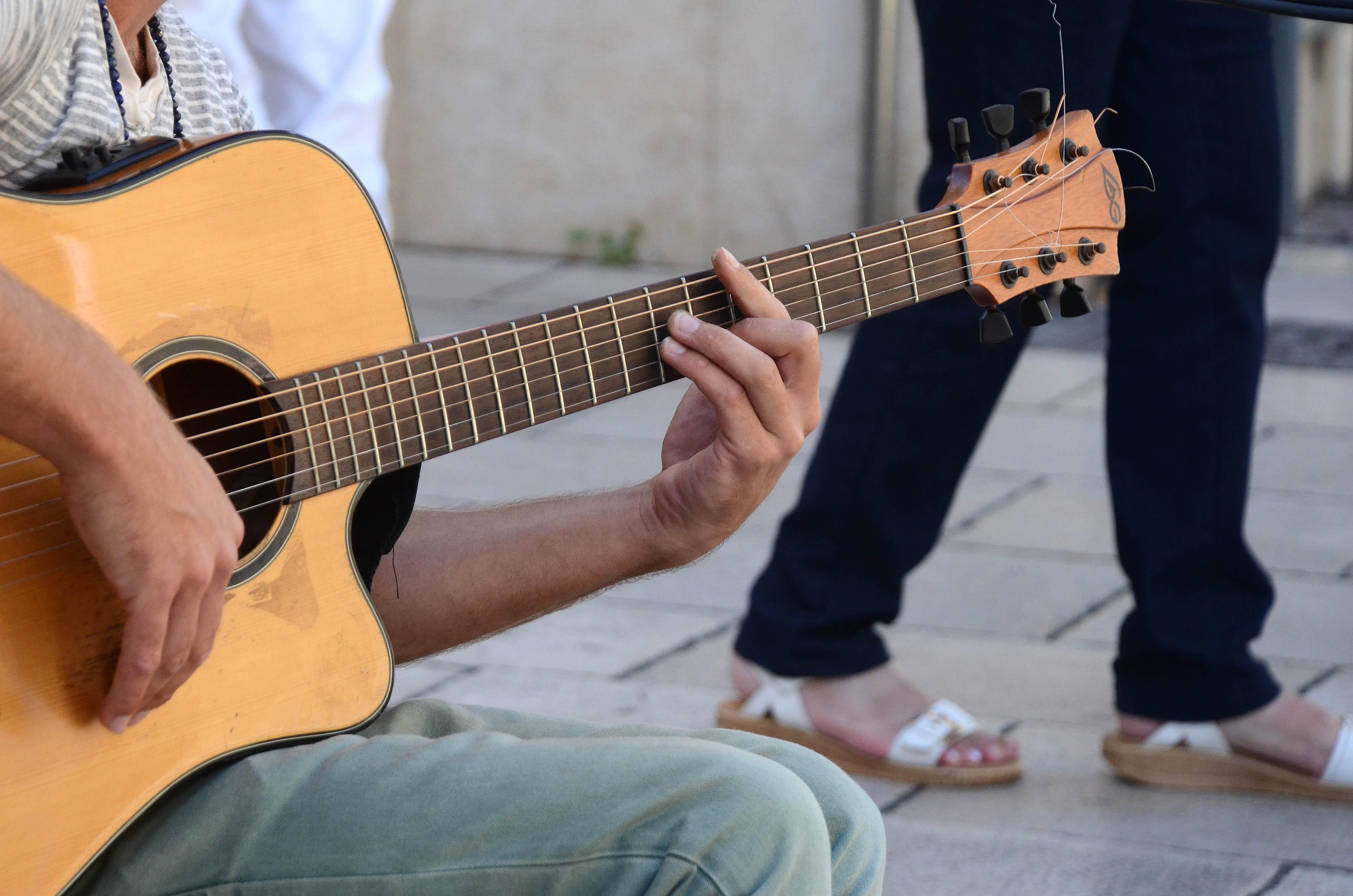 Foto pemain gitar terhebat