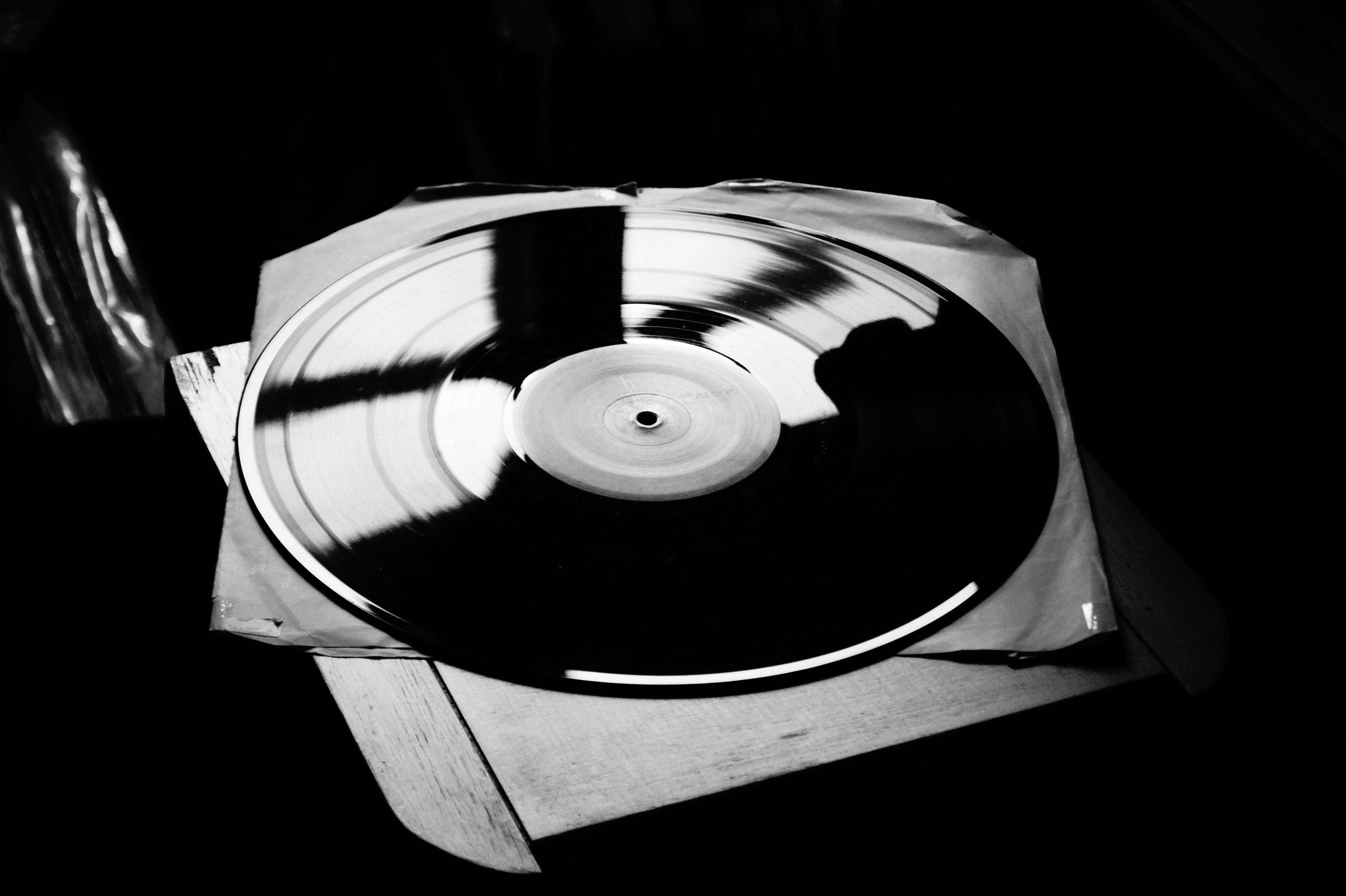 Zwart Wit Vinyl : Platenkoffer zwart wit met harmonica goods vinyl floating goods