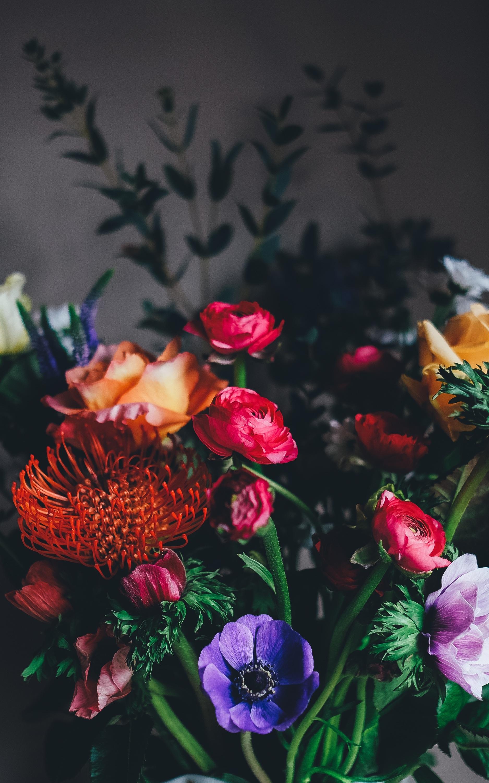 Dark Floral Wallpaper Iphone Beautiful