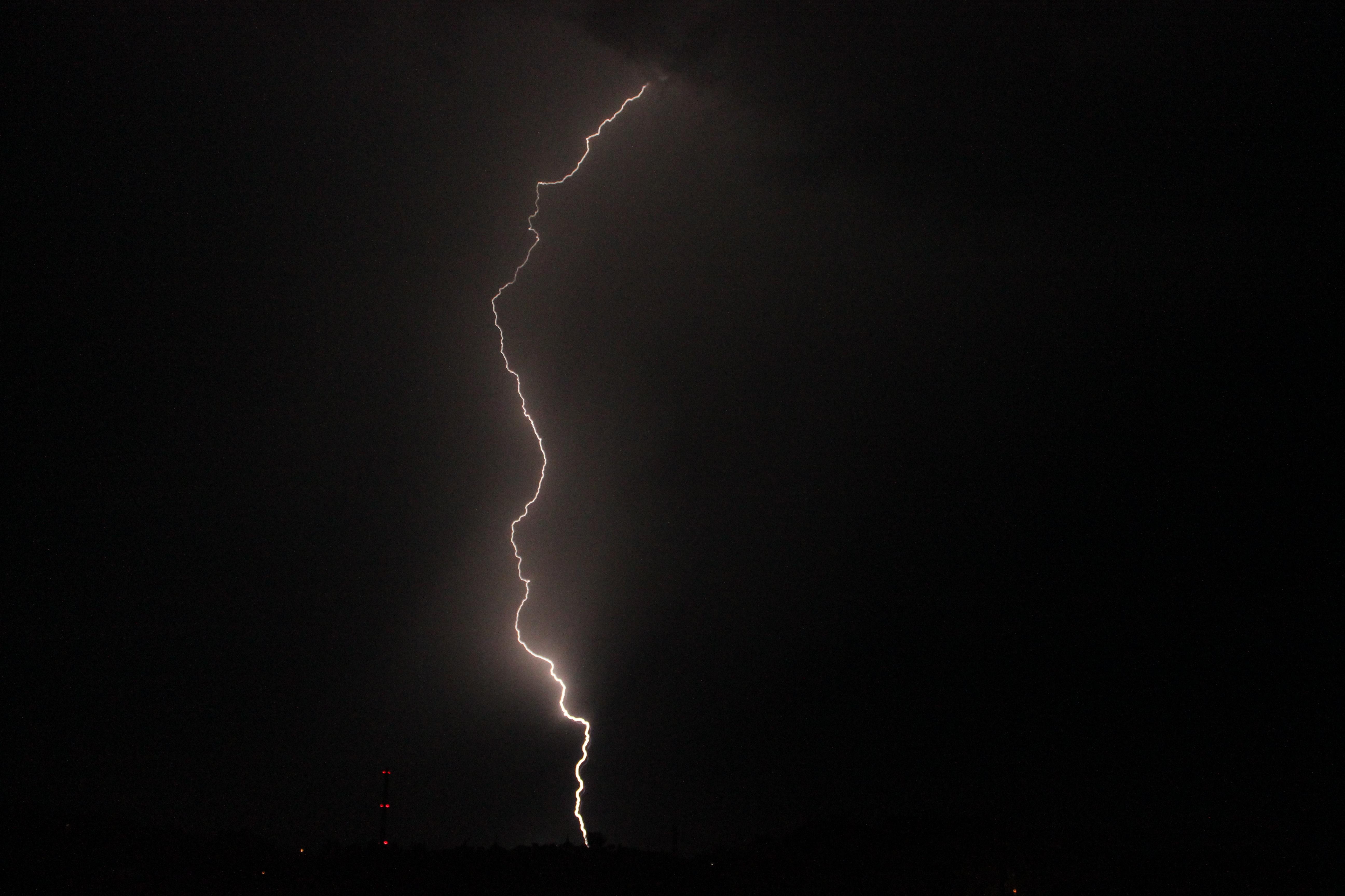 Hình ảnh Thiên Nhiên đám Mây đen Và Trắng Bầu Trời đêm