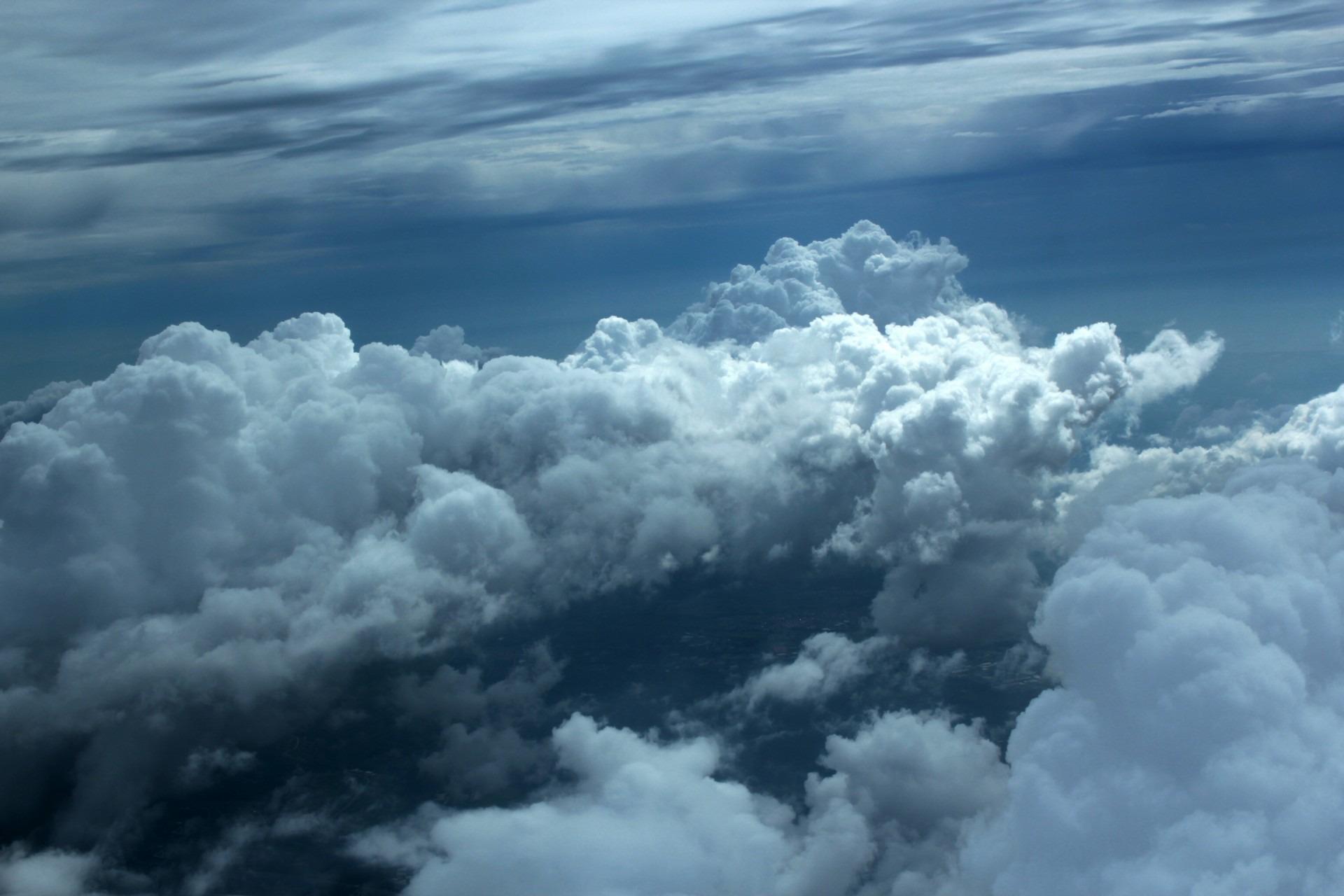 Gambar Alam Berawan Suasana Siang Hari Cuaca Gumpalan Awan
