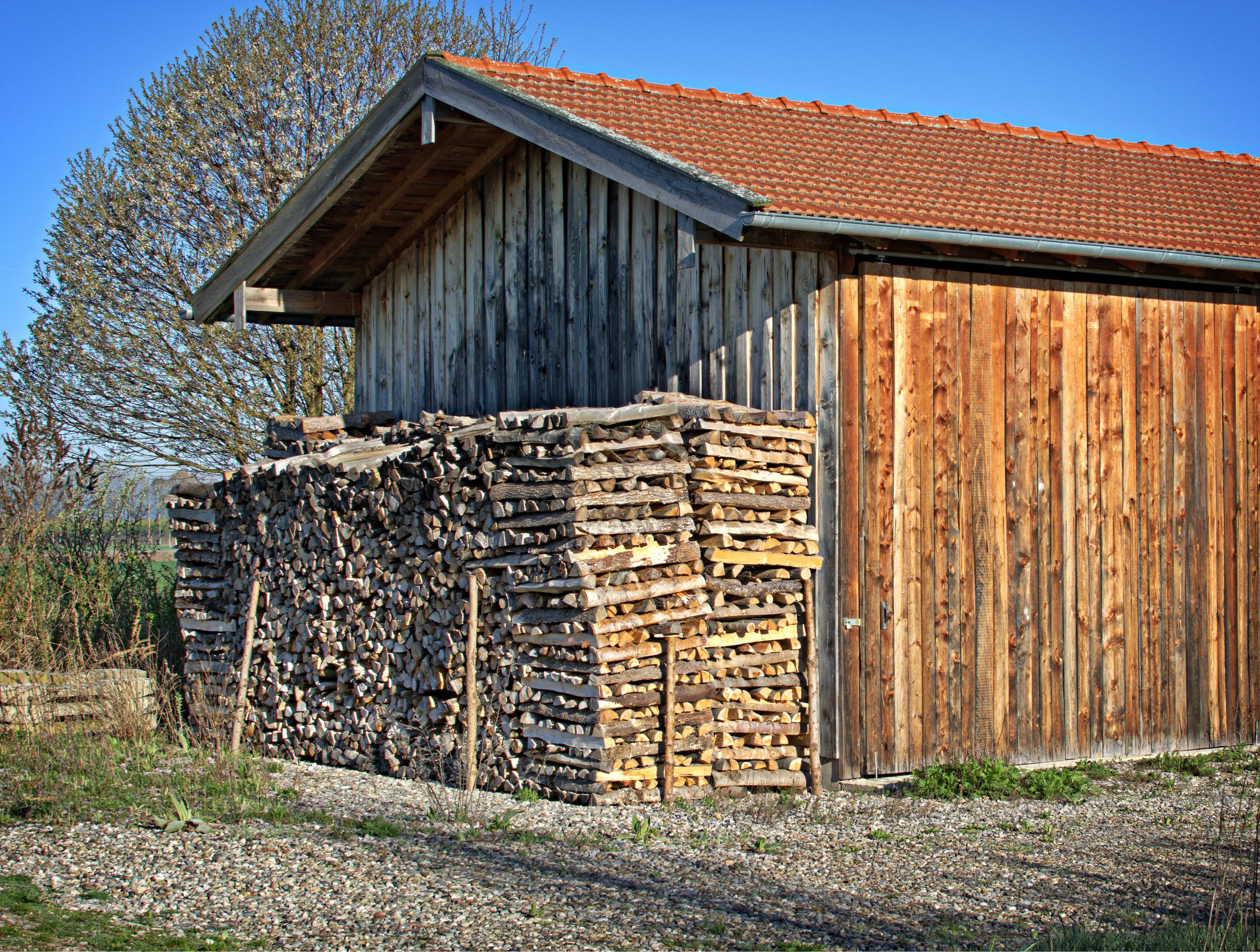 Kjempebra Bildet : natur, gjerde, tre, hus, bygning, låve, hjem, skur, hytte WK-07